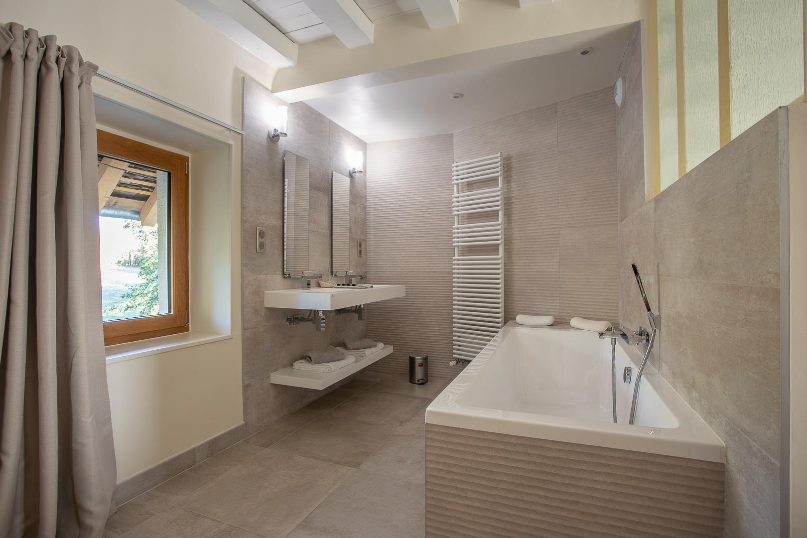 Chambre Coulanges, la salle de bains