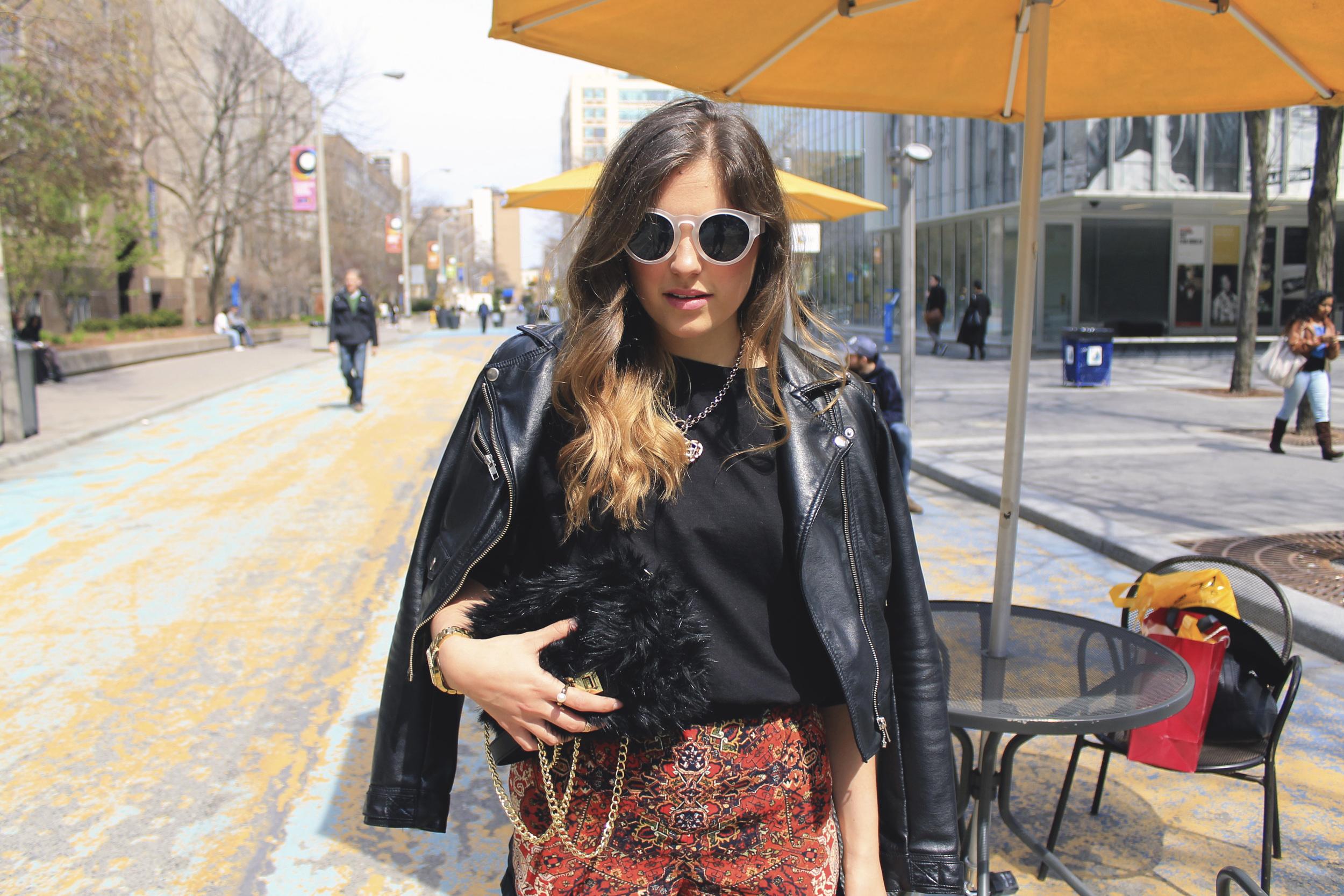 h&m black faux fur purse gold chain