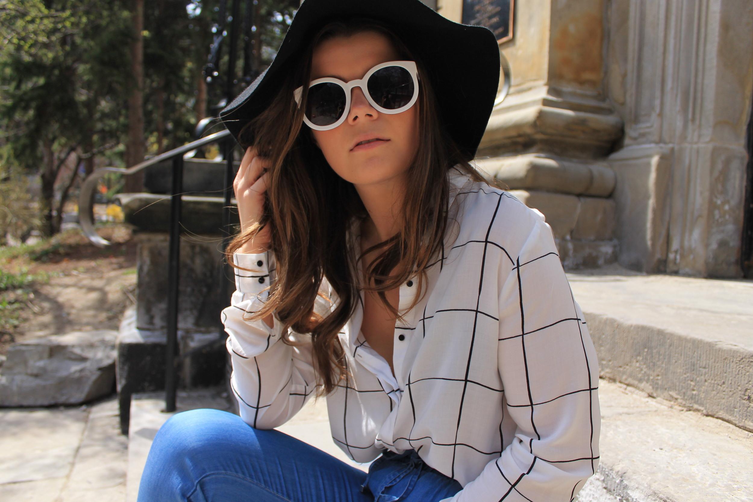 H&M Patterned Blouse