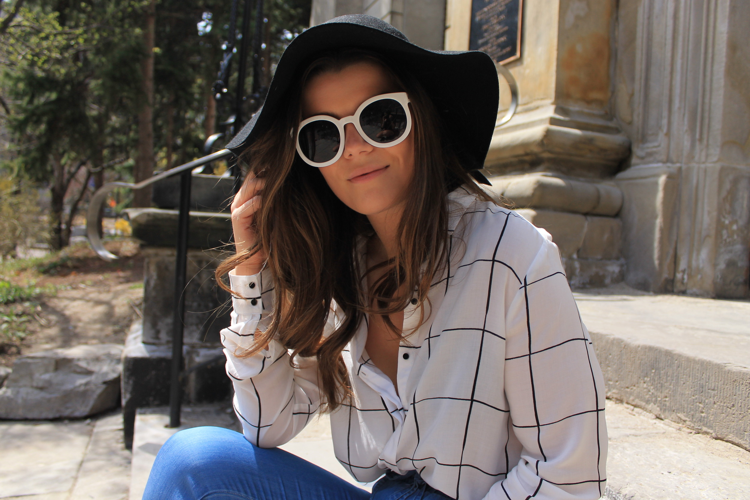 H&M Patterned Blouse Felt Hat Oversized Round Sunglasses