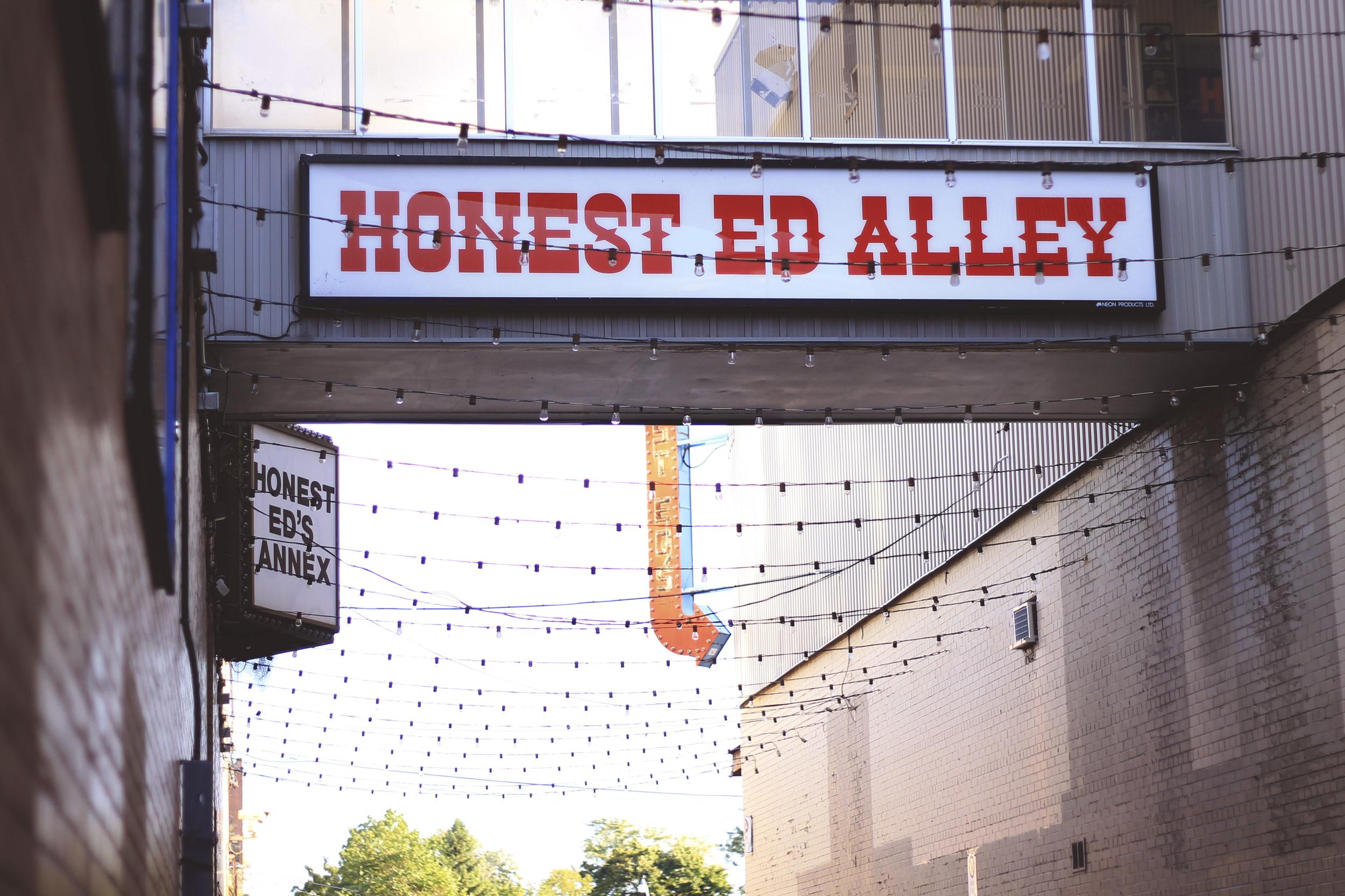 honest ed alley annex toronto blog summer