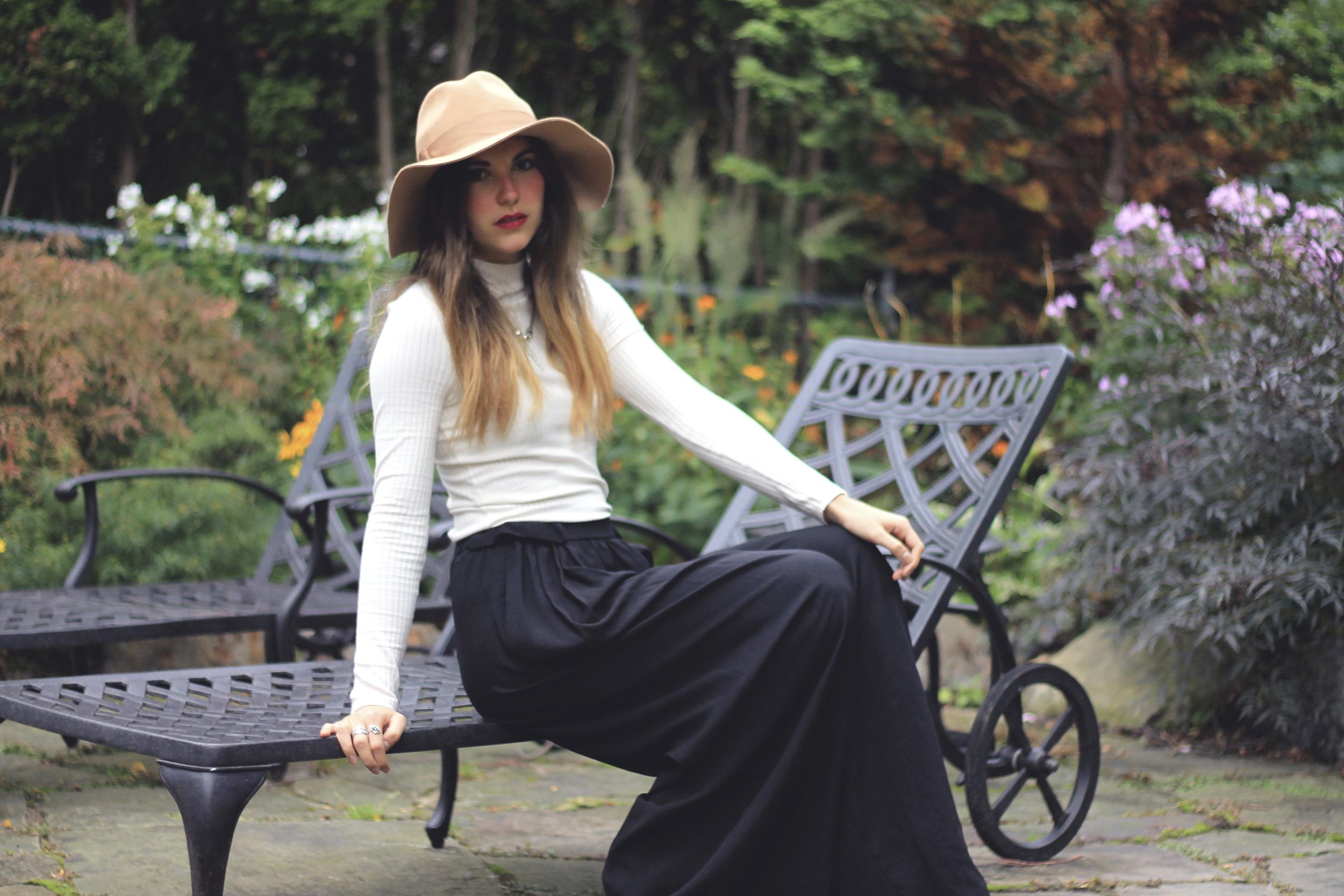zara black palazzo pants pockets wide garden backyard