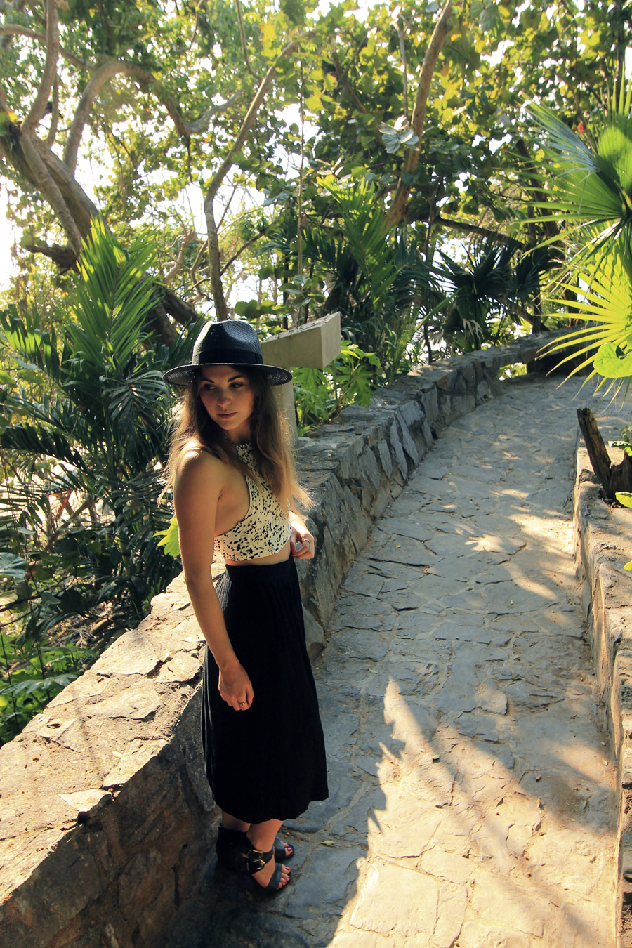 forever 21 black straw panama hat mexico jungle outfit