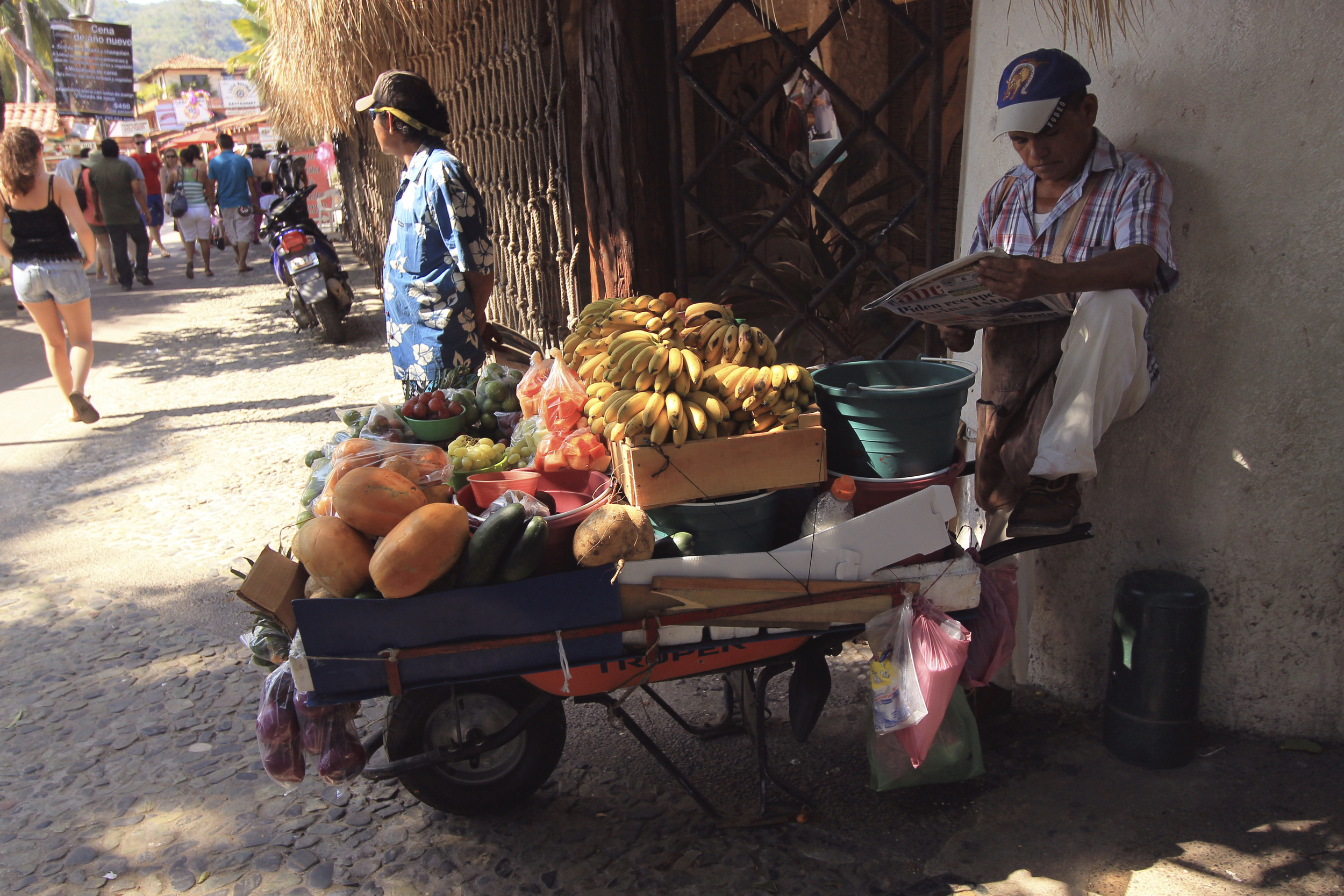 fruit cart zihuatenejo mexico vendor