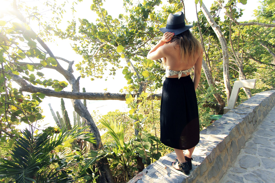 ixtapa mexico beach outfit vacation fashion blogger