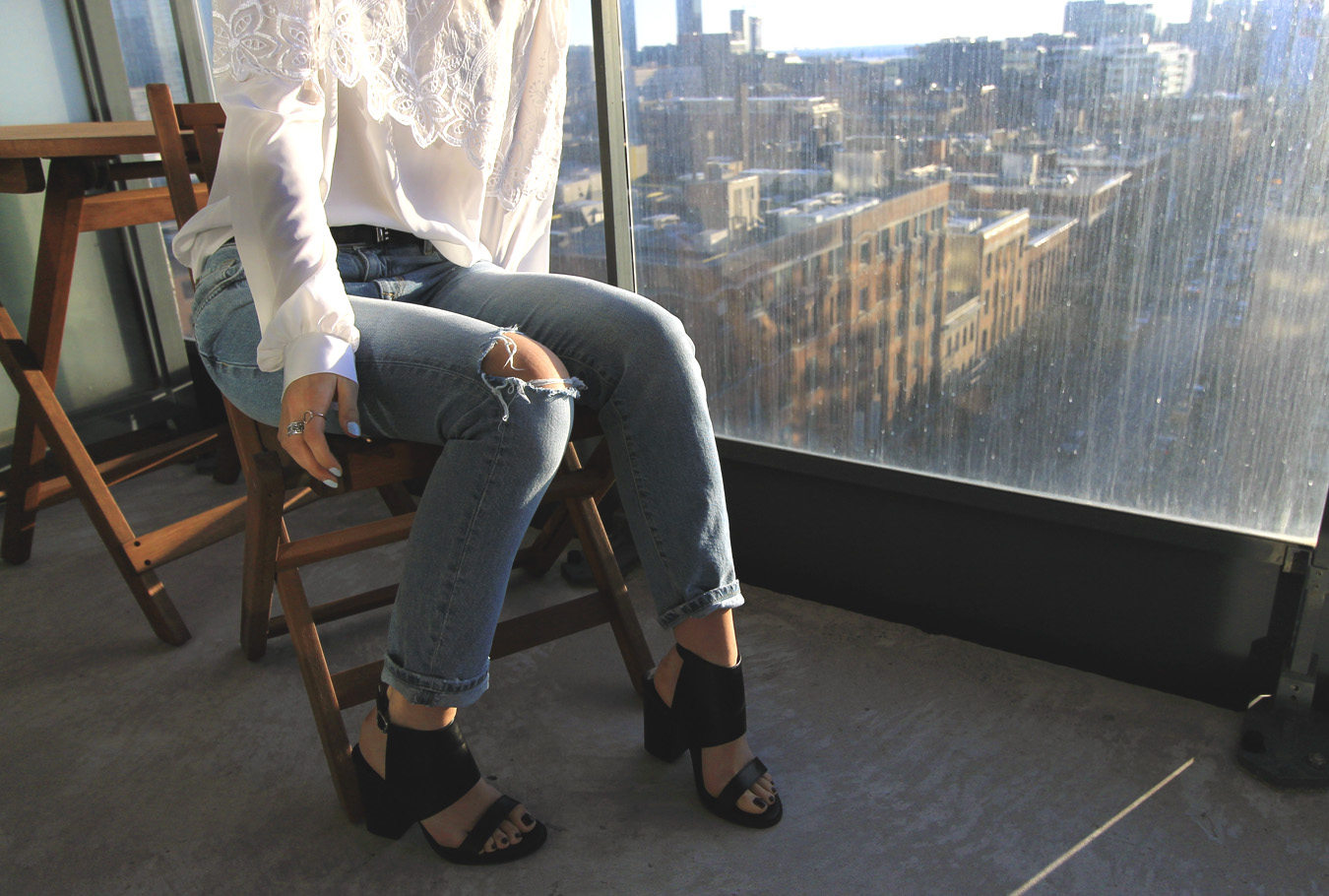 zara-lightwash-distressed-straight-roll-up-jeans.jpg