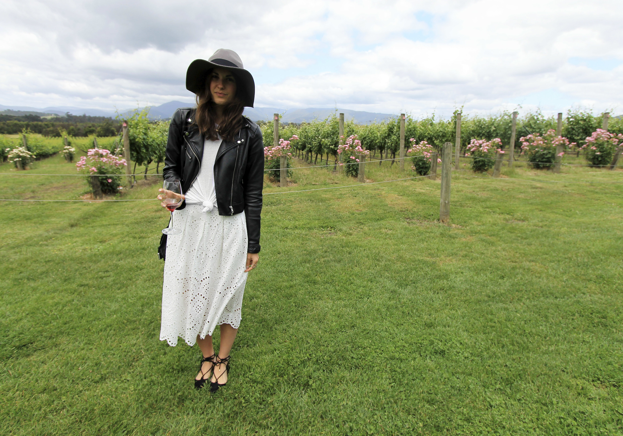 yarra-valley-wine-tour-fashion-blogger-outfit-australia-travel.jpg