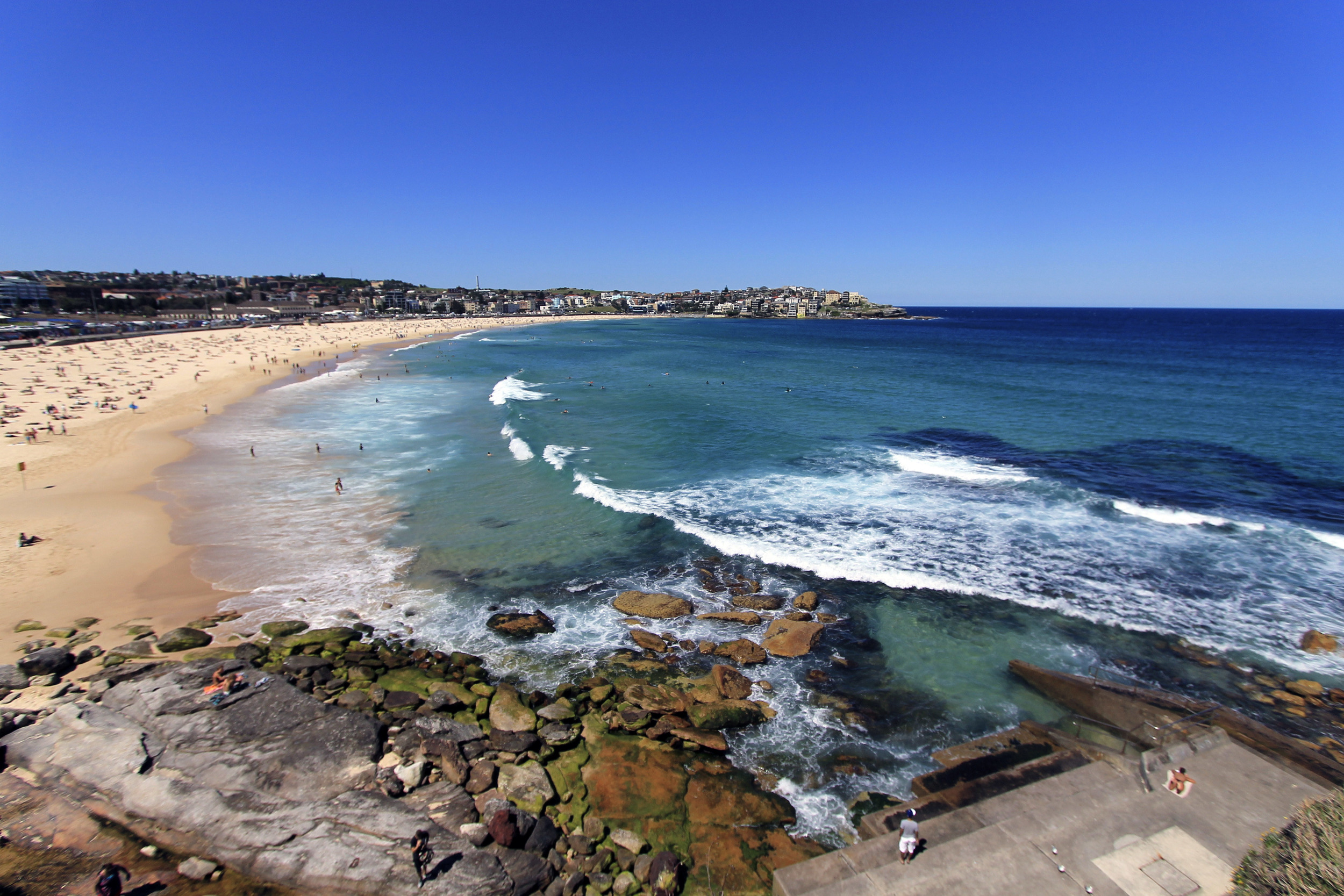 bondi beach sydney travel diaries australia pools ocean.jpg
