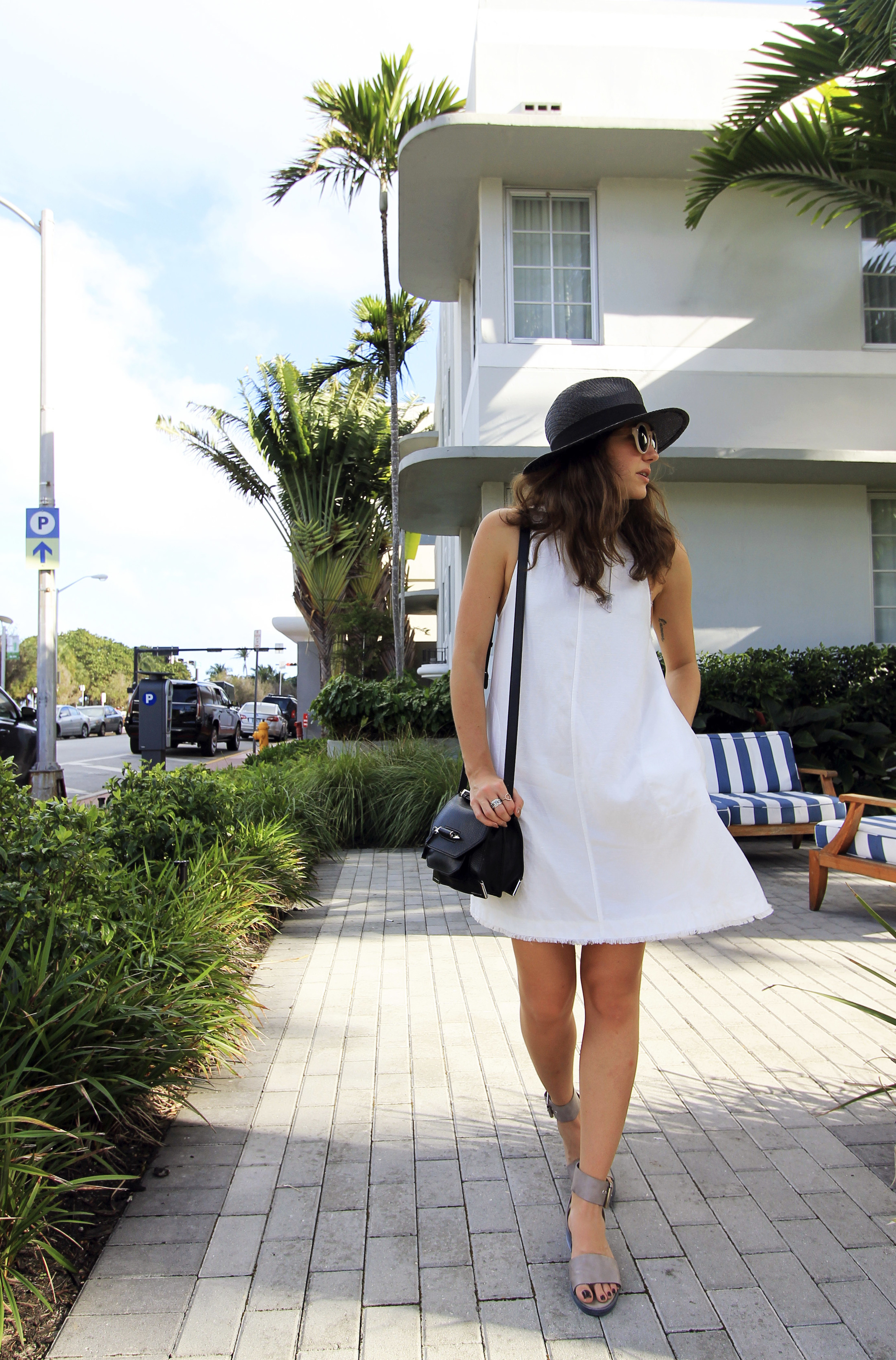 aritzia wilfred trompette frayed white linen dress pockets miami vacation.jpg