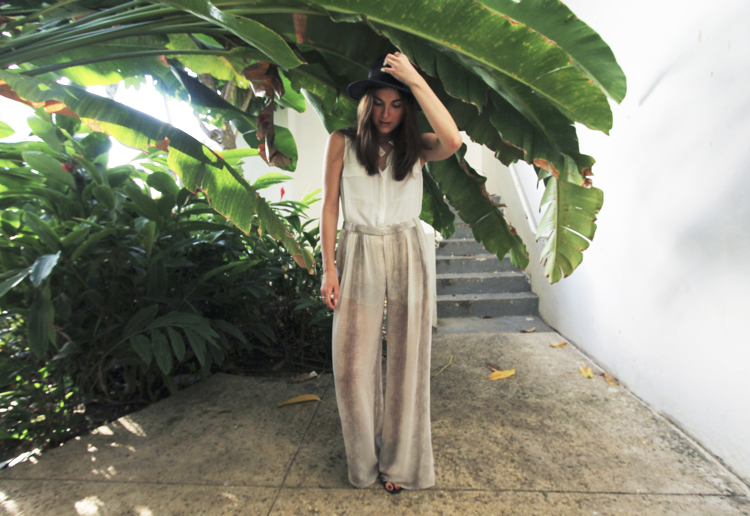forever 21 black straw hat zara palazzo pants tropical style.jpg