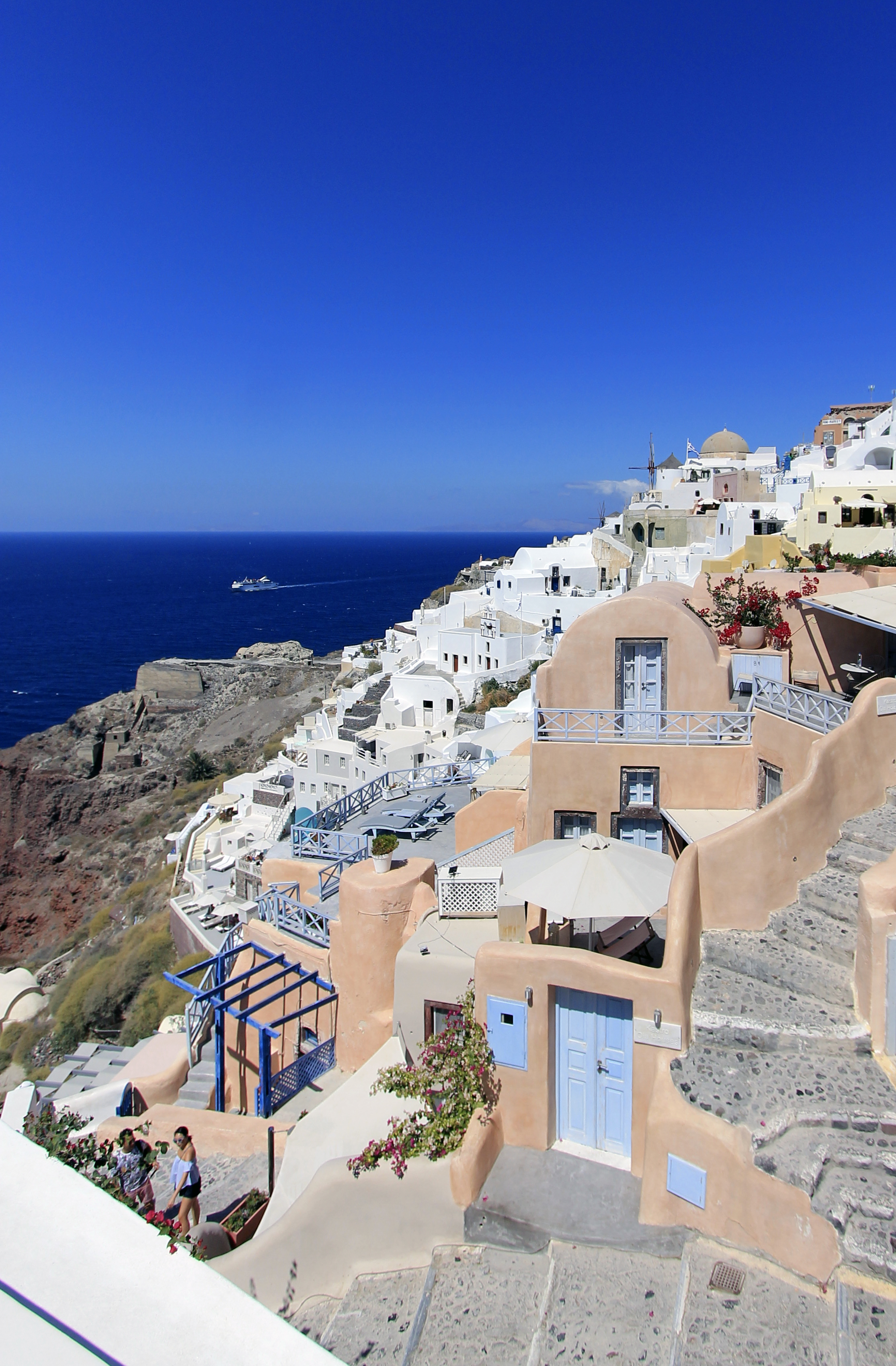 cliff houses santorini oia views summer greece.jpg