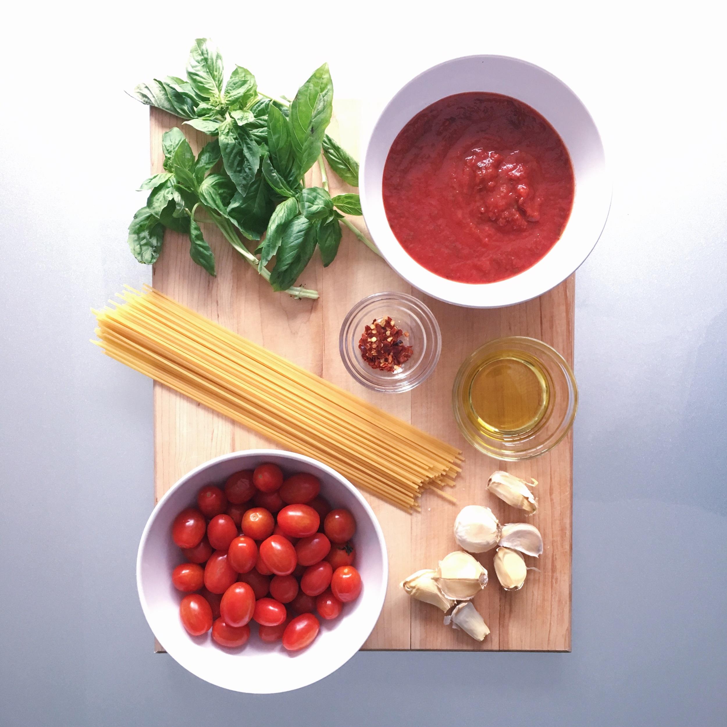 Tomato Basil Spaghettini Pasta ingredients