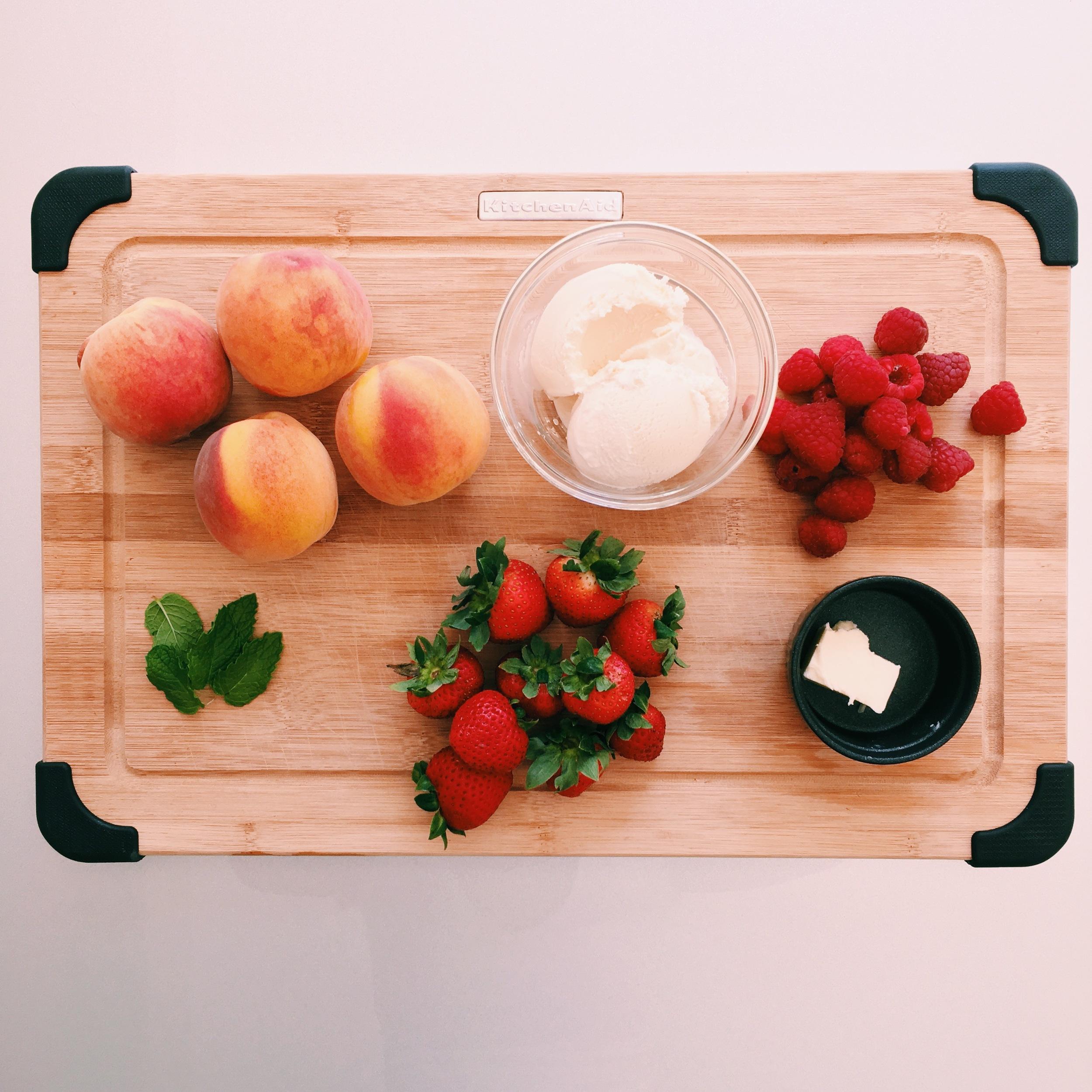 Caramelized Peaches and Cream