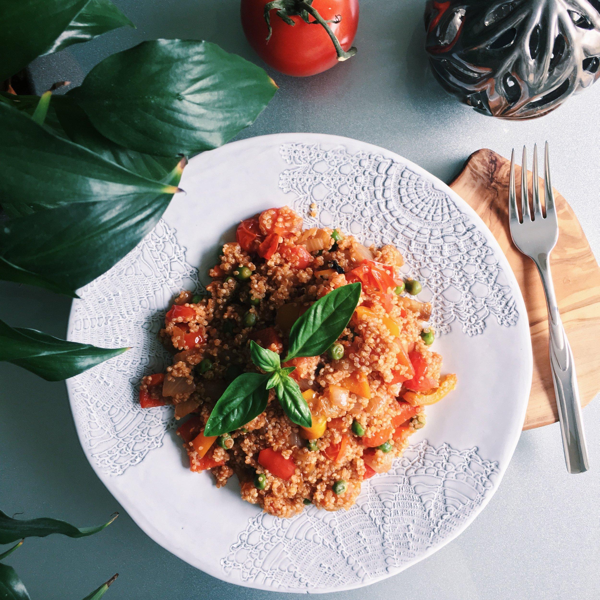 Warm Tomato Pepper Quinoa
