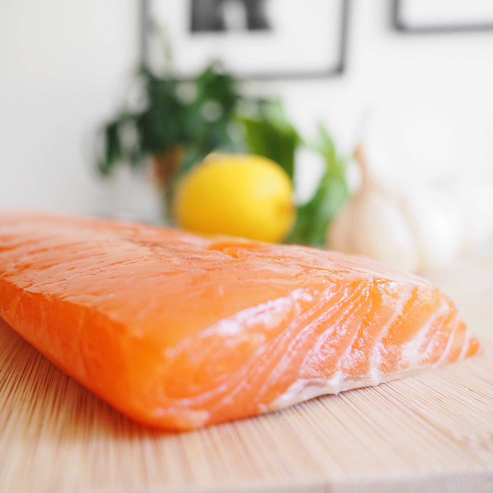 Lemon Basil Salmon.jpg
