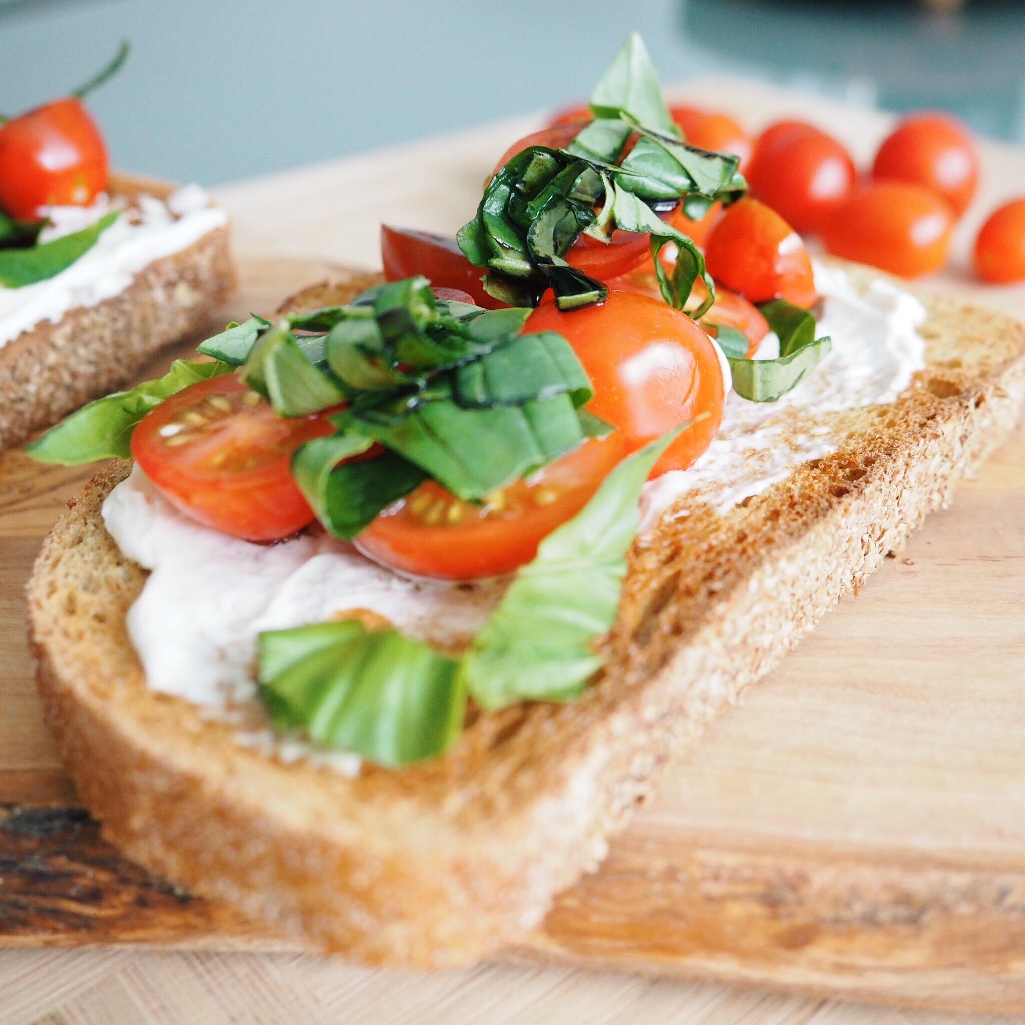 Bruschetta Toast.jpg