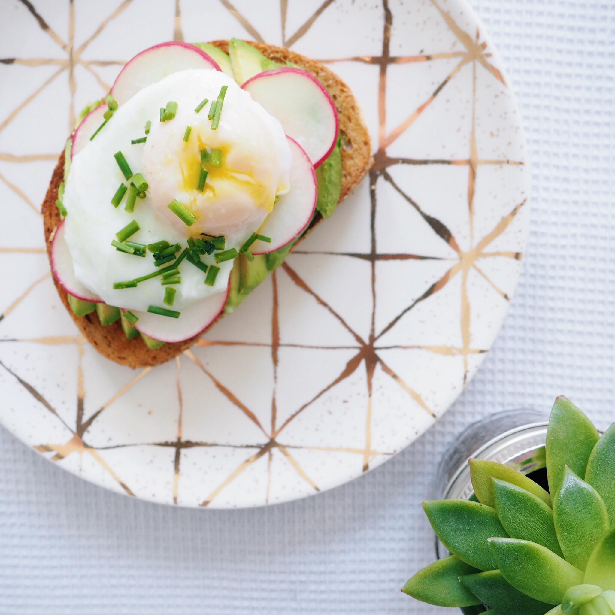 Avo Egg Toast with Radish(1).JPG