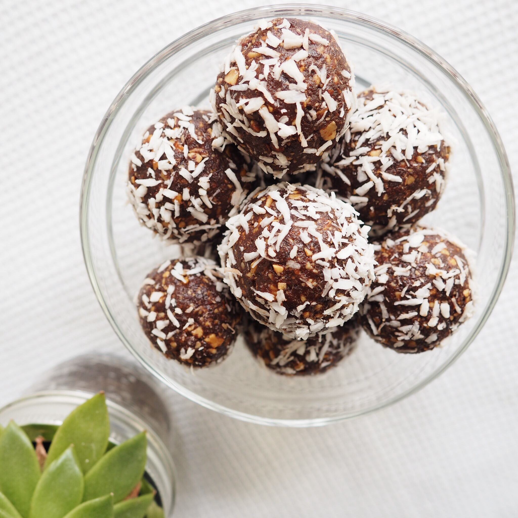 Cacao PB Energy Balls(1).JPG