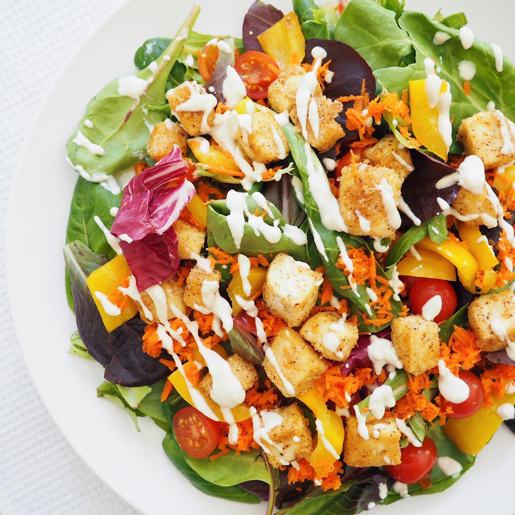 Crispy Tofu Ranch Salad