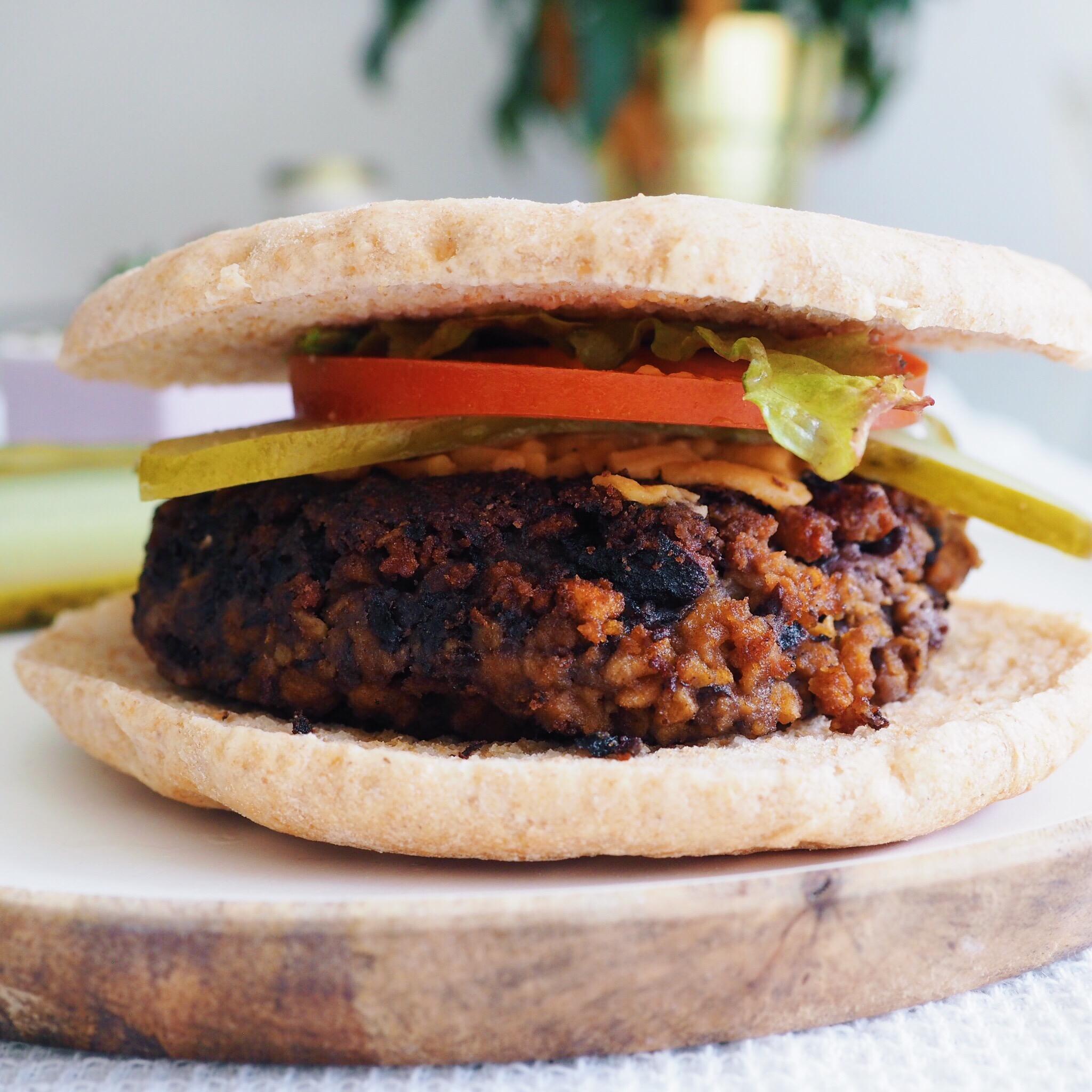 Vegan Burger(2).JPG