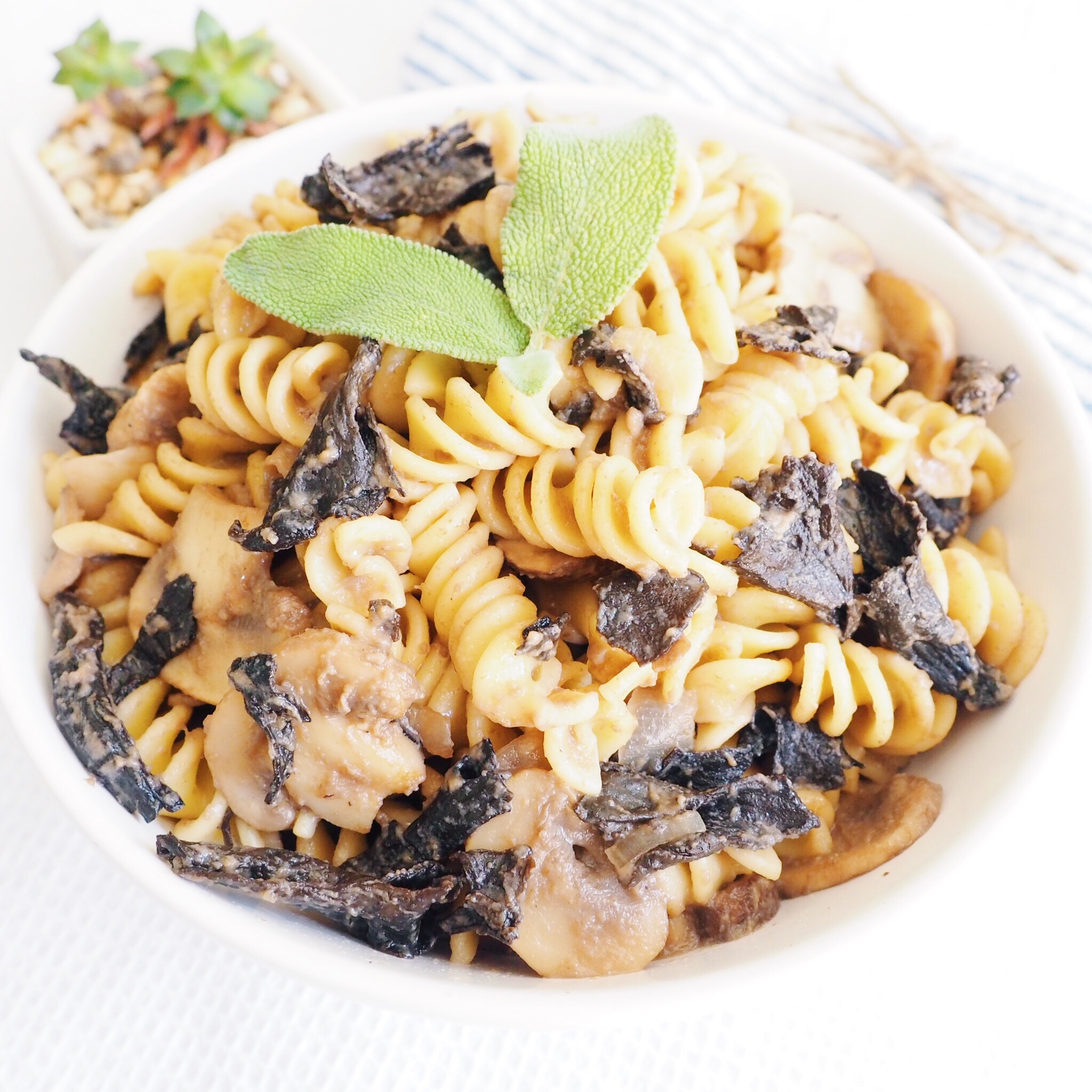 Vegan Mushroom Cream Pasta(1).jpg