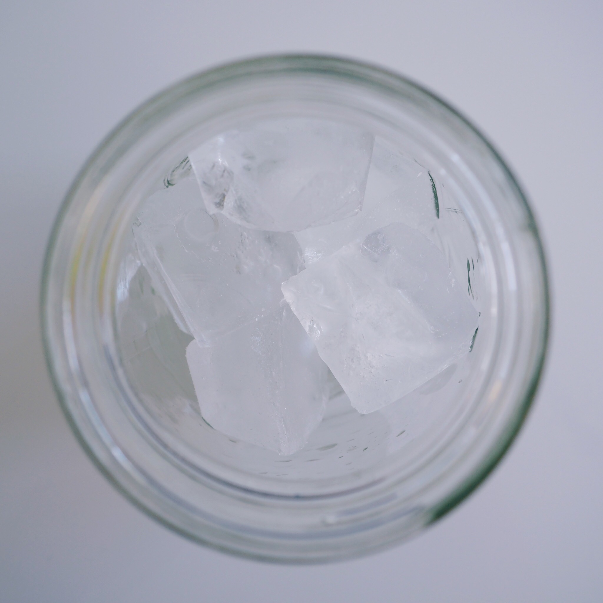 Fill glass with ice