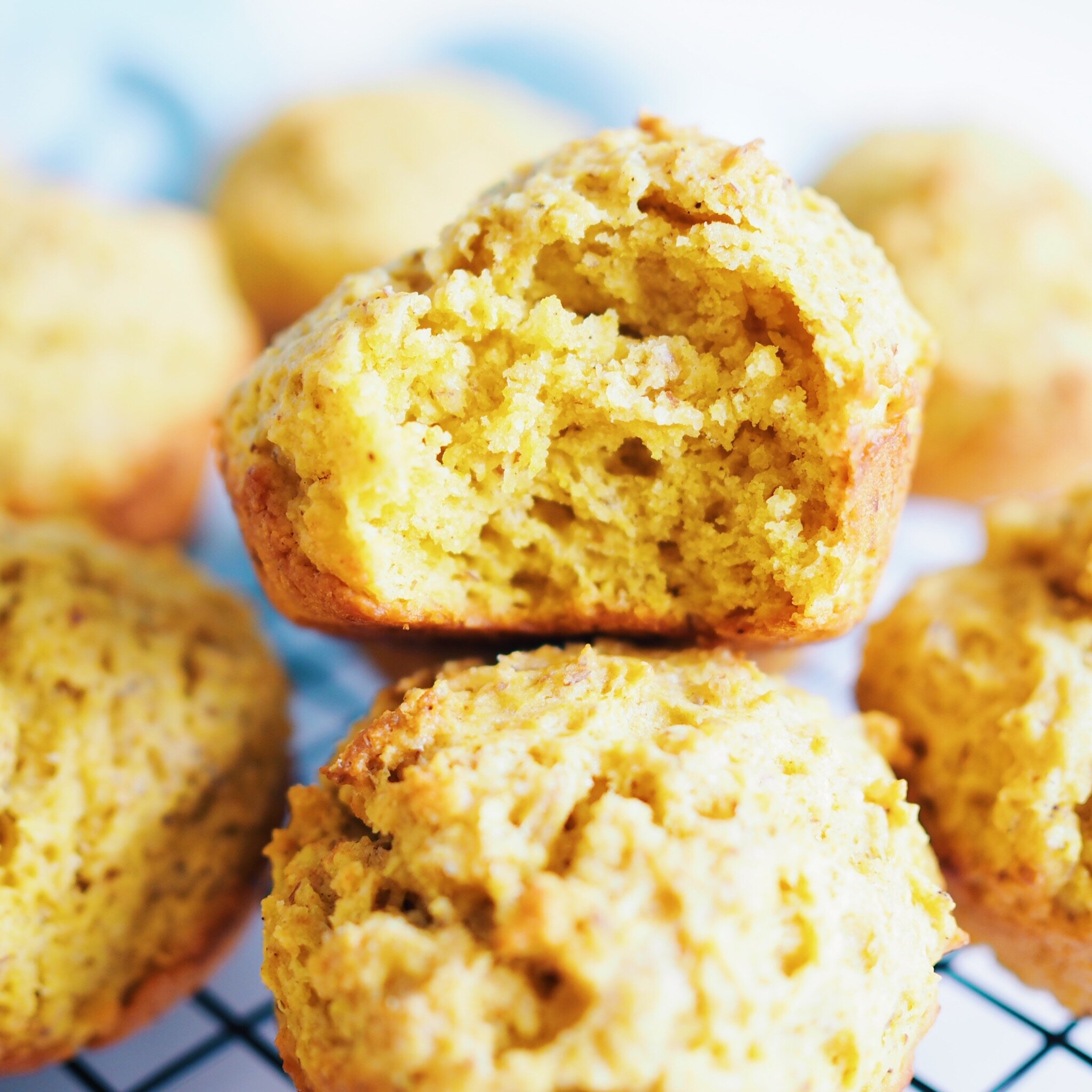 Healthy Lemon Turmeric Muffins