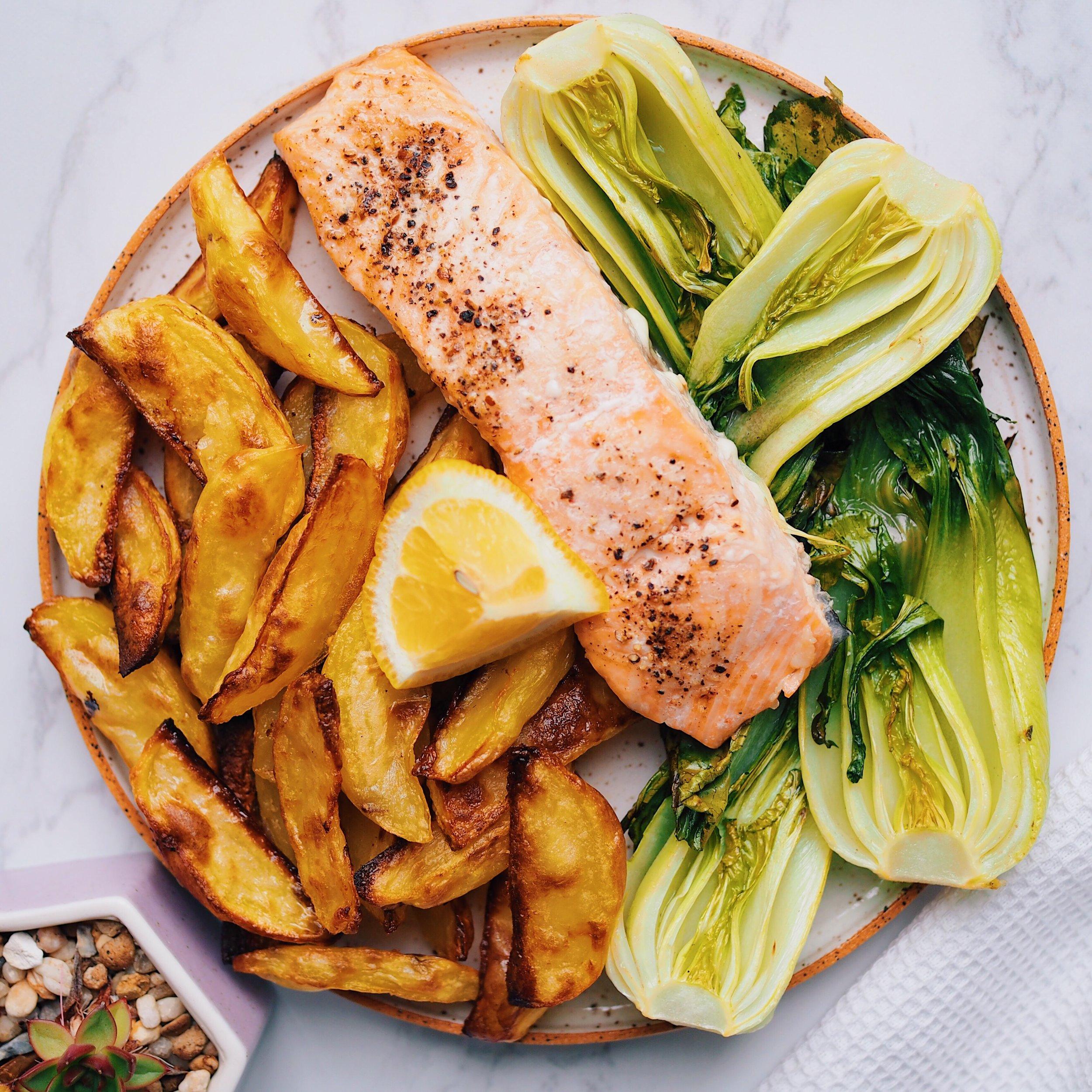 Easy Lemon Salmon _ Chips(4).JPG