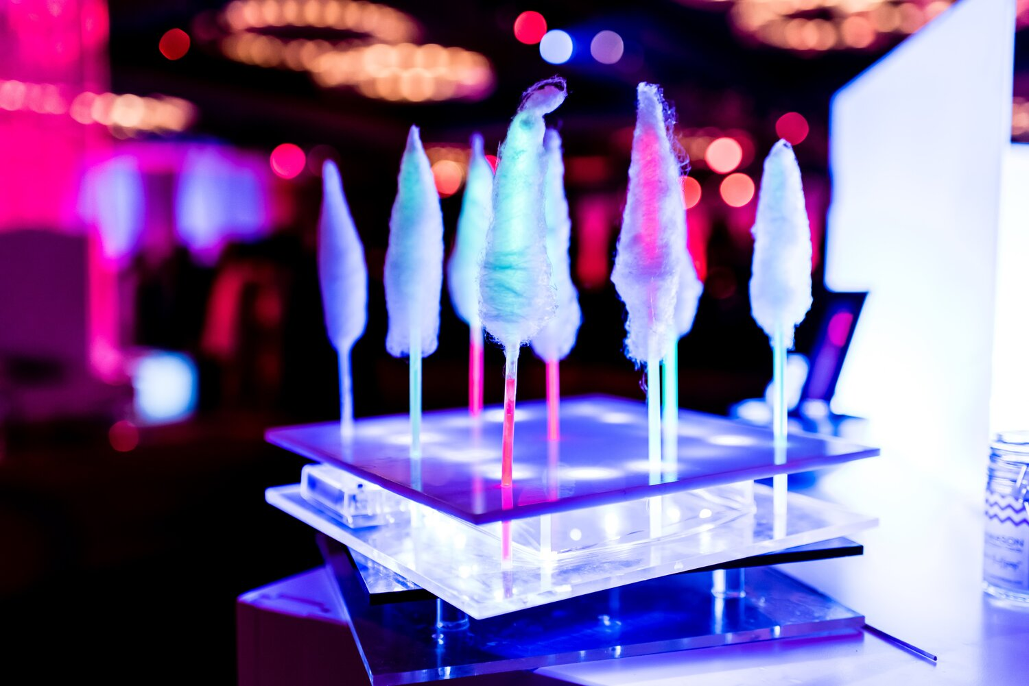Fluffpops look SWEET spun on straws, sticks and glow-stick bracelets.