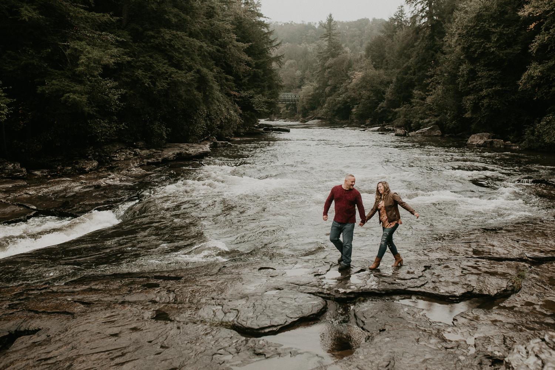 Deep Creek, Maryland Couples Photographer-44.jpg