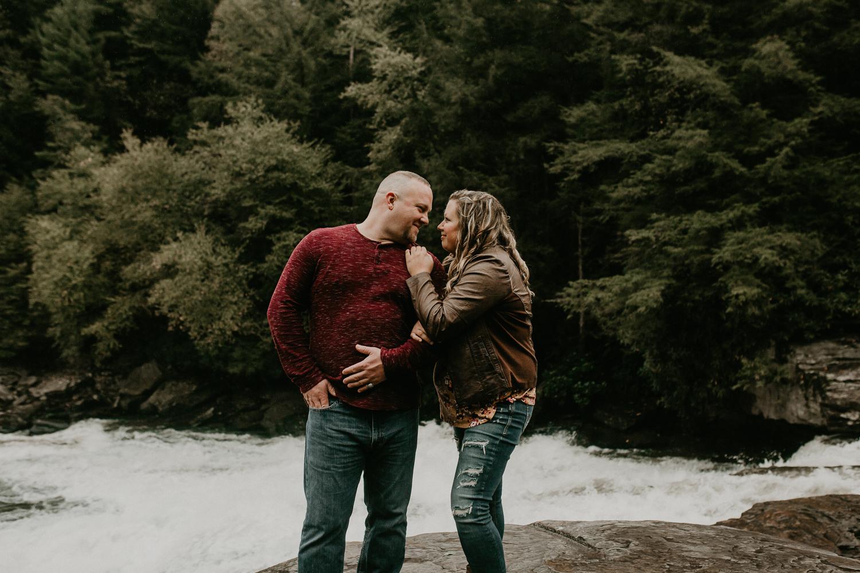 Deep Creek, Maryland Couples Photographer-36.jpg