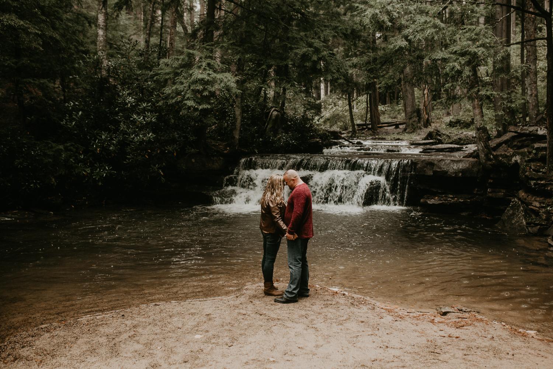 Deep Creek, Maryland Couples Photographer-118.jpg