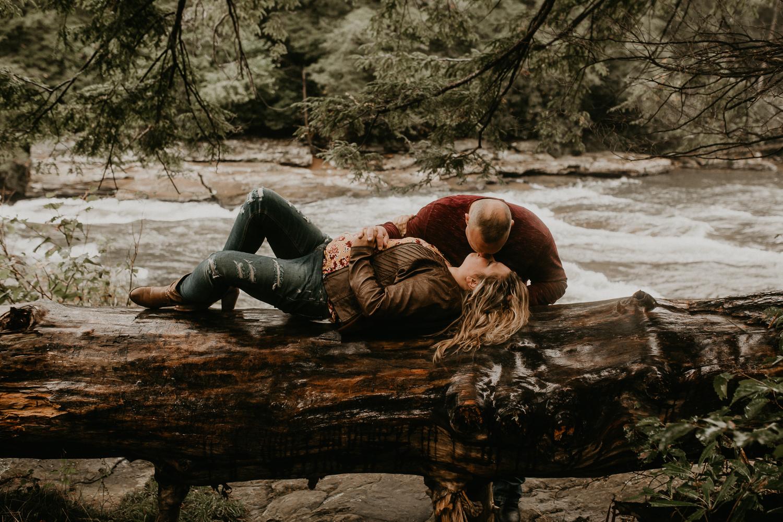 Deep Creek, Maryland Couples Photographer-117.jpg
