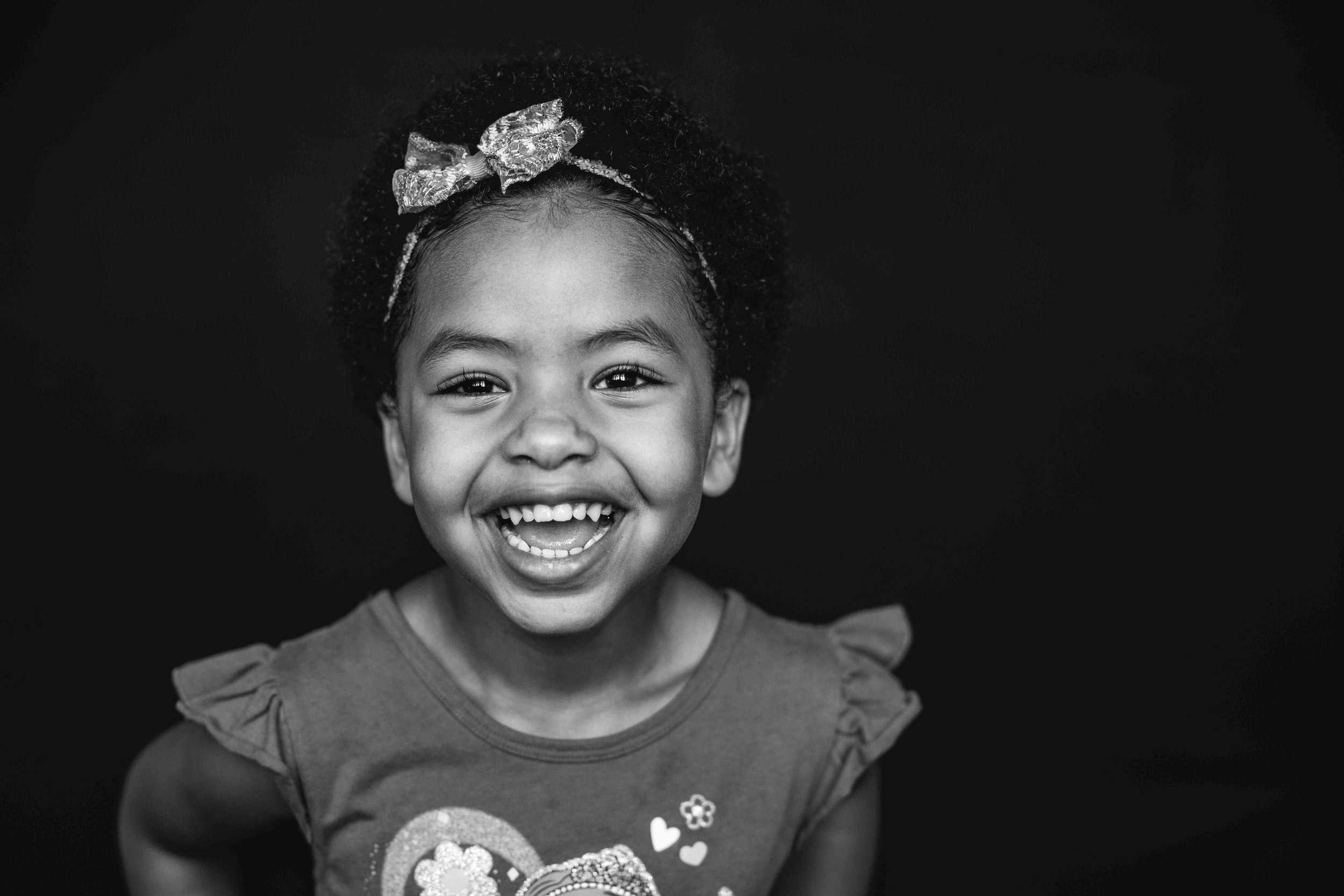 20180913_7602-- color--5day--preK--4yr----16----BLACK AND WHITE--323snowflake-pittsburgh-boutique-school-photography.jpg