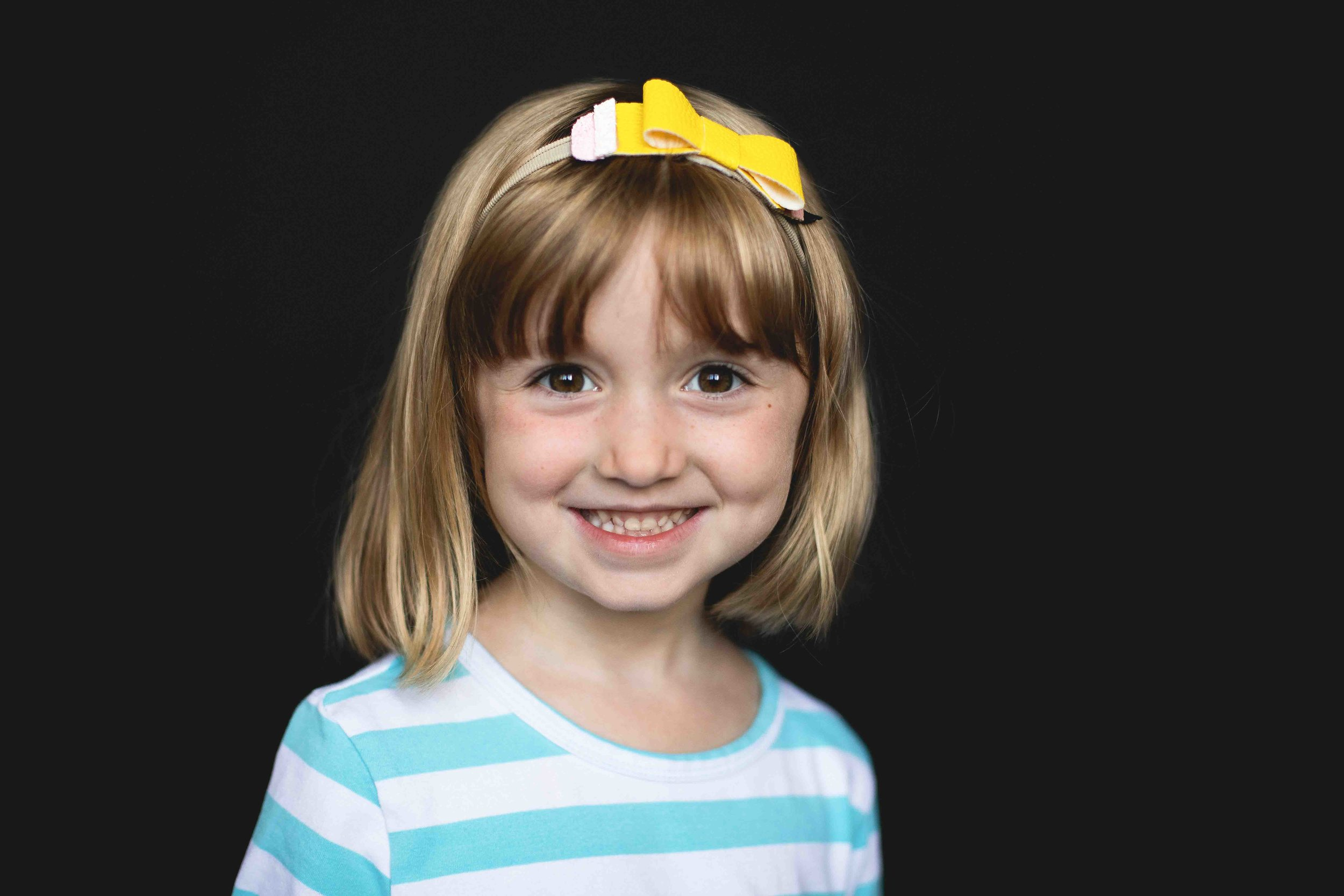 20180913_7698-- color--5day--preK--4yr----39bsnowflake-pittsburgh-boutique-school-photography.jpg