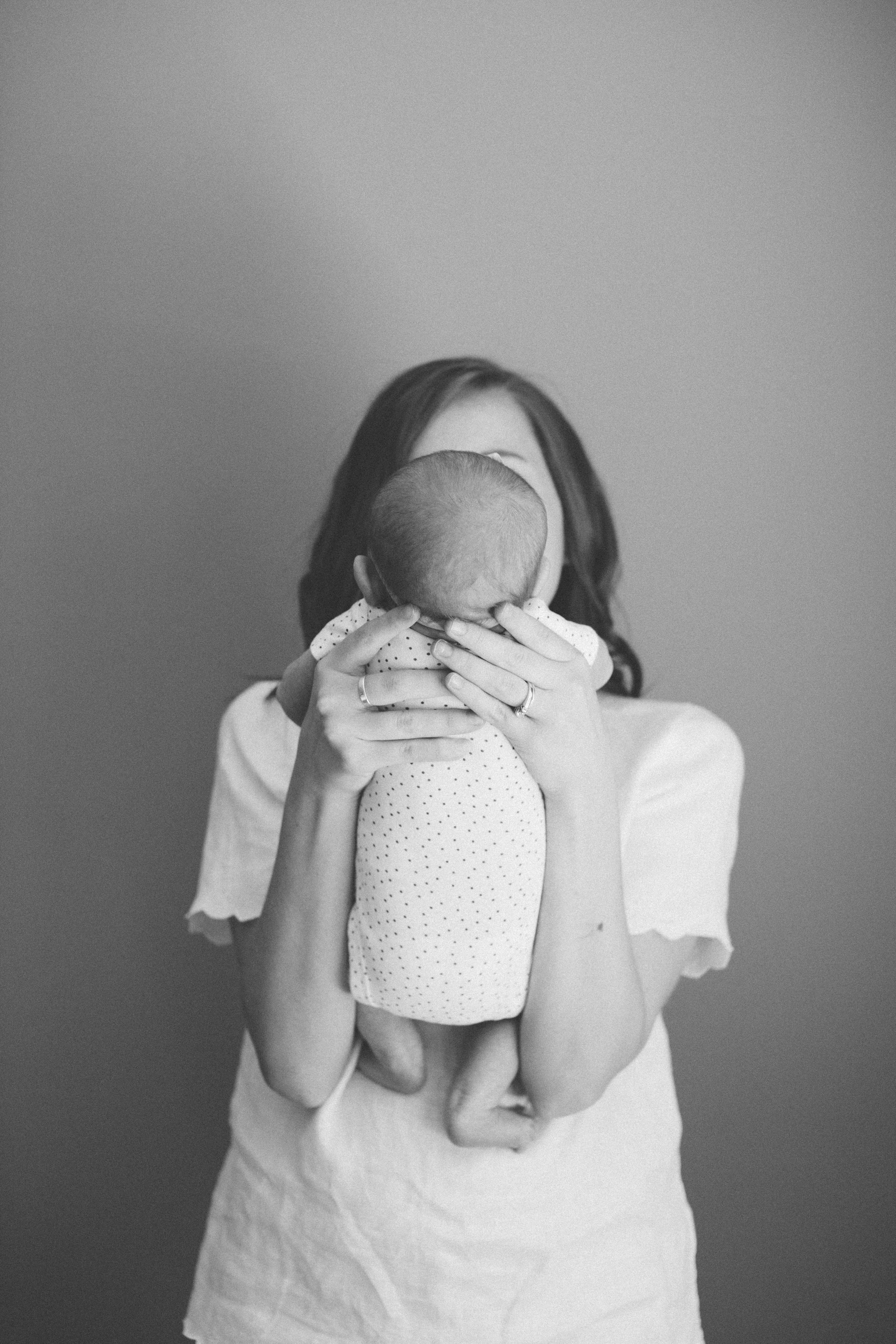 Ana Black and White Newborn by Ariana Clare _15.JPG