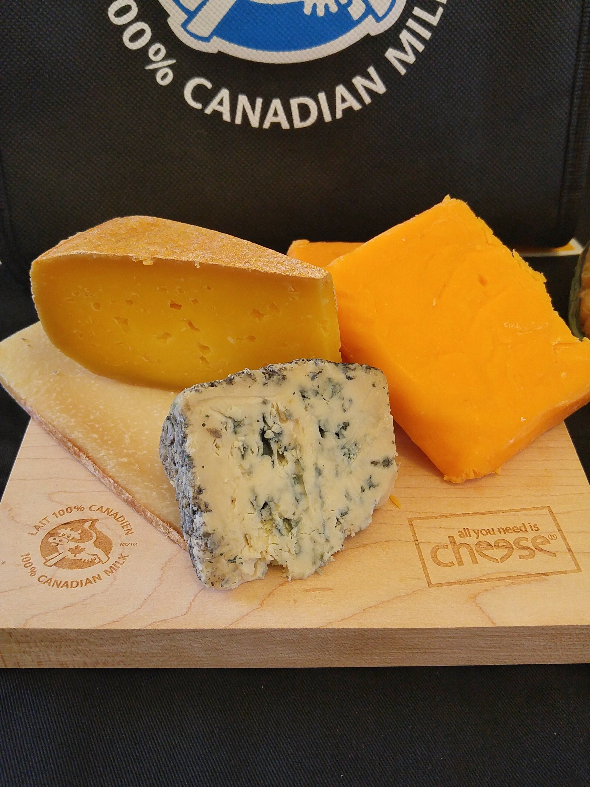 The blend of cheeses!