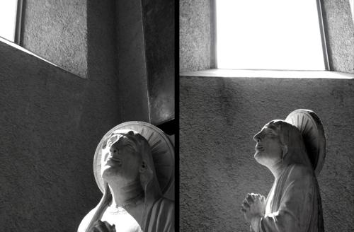 图7 Castelvecchio博物馆中的雕塑在不同角度所具有的不同效果