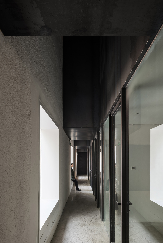 狹縫走道空間 interior passage.jpg