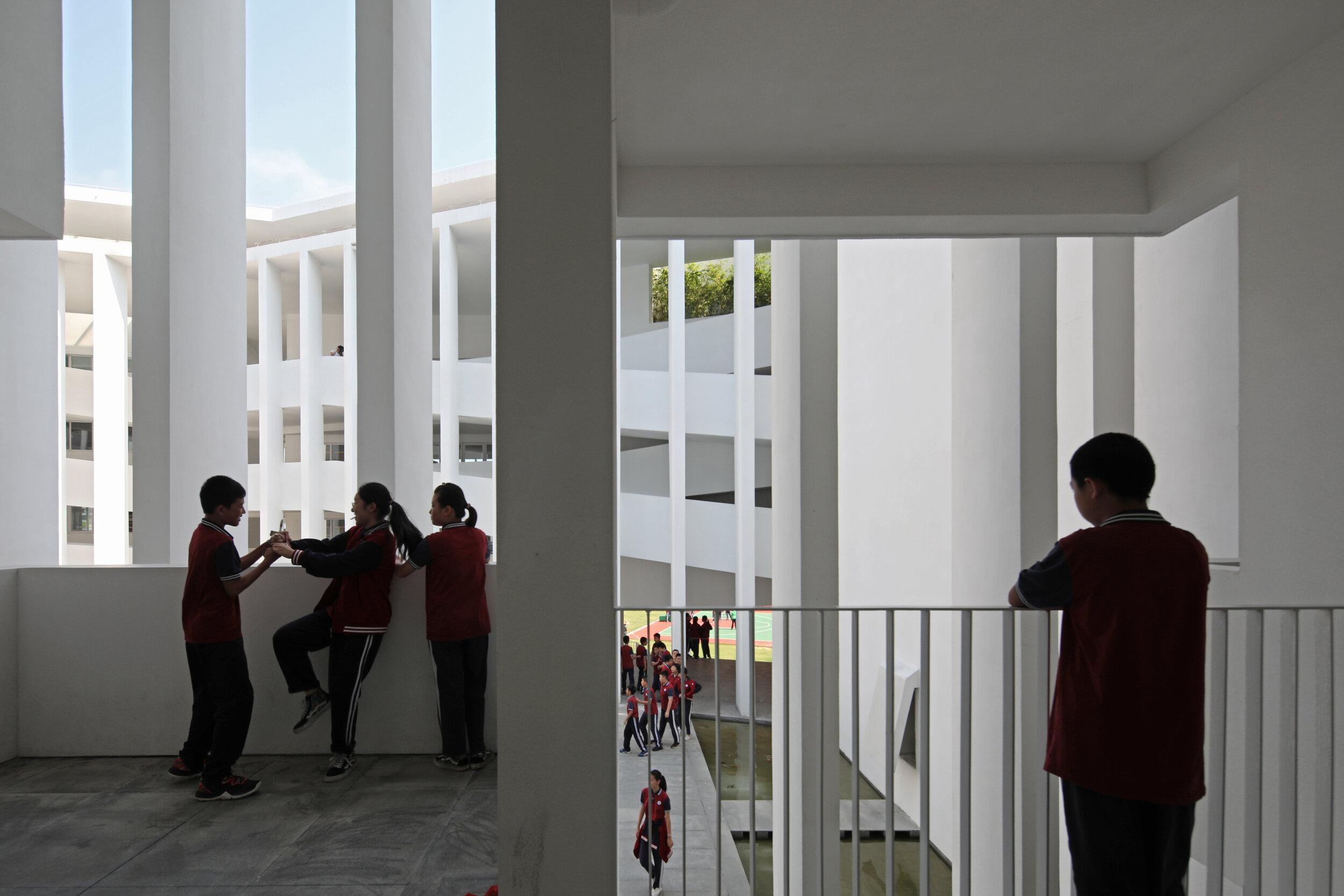 22 走廊聚會單元 ?是然建筑攝影 Corridor meeting place ?Schran Images.jpg