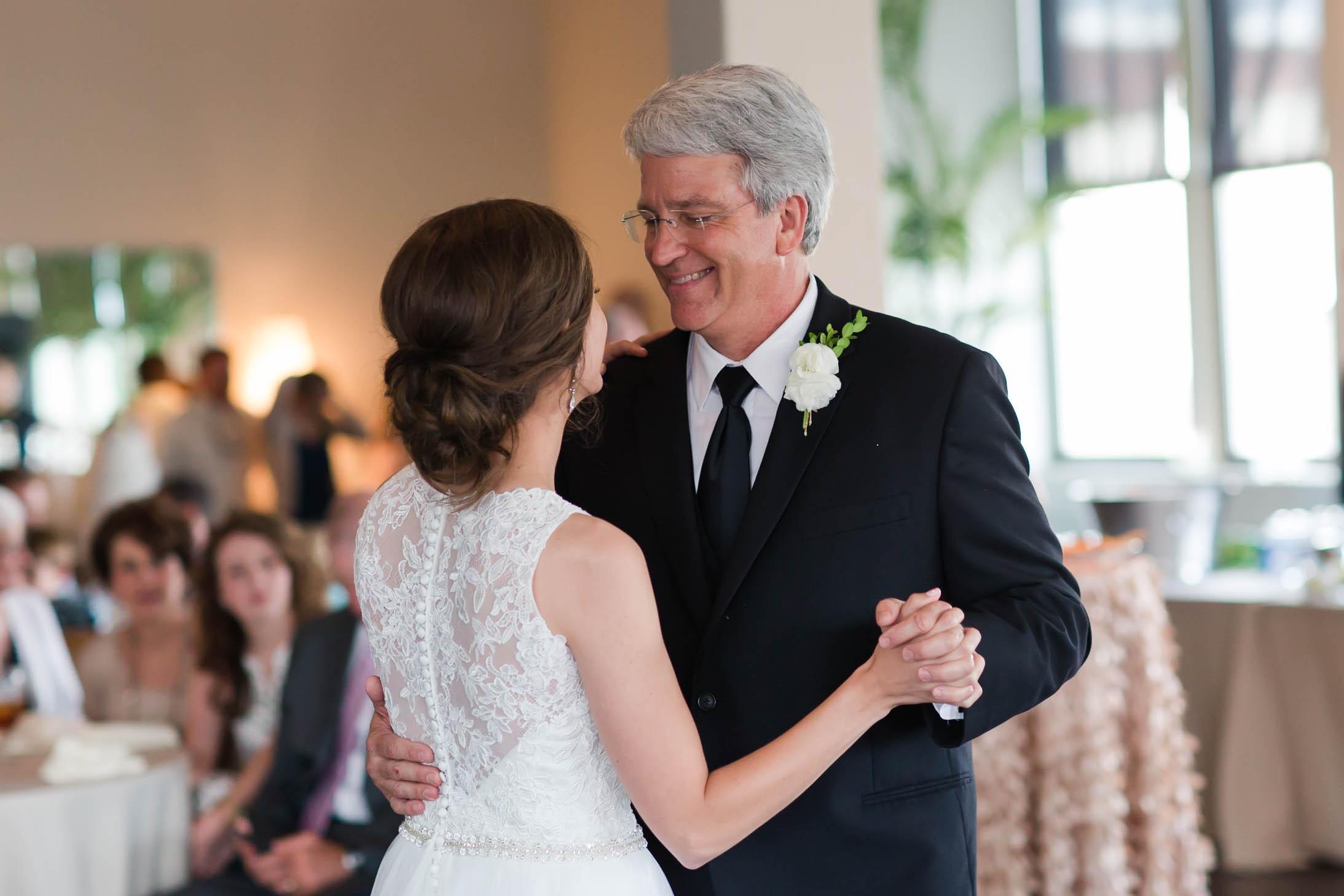 Wedding_Sanderlins_Best_4.jpg