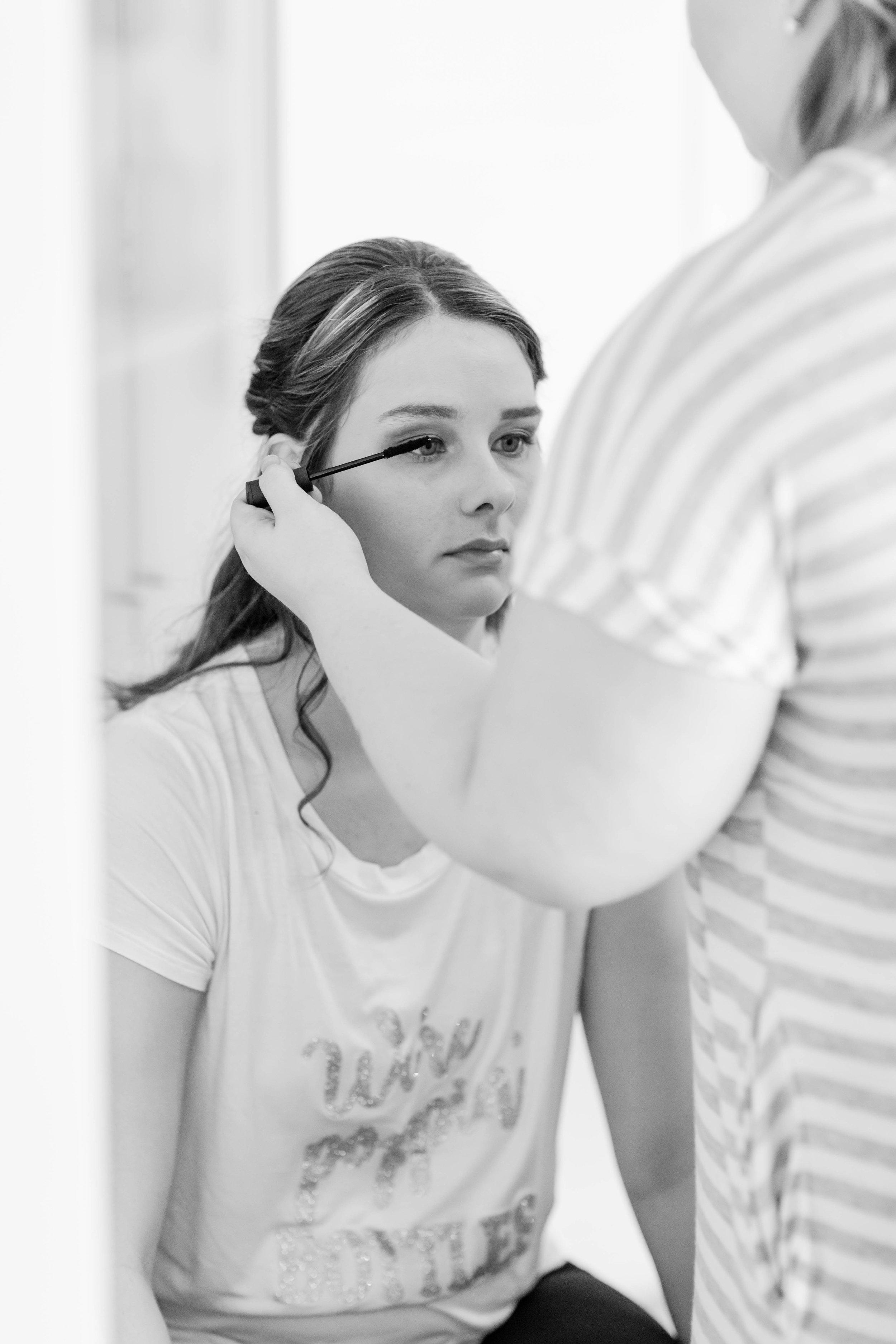 Hollomans_Girls Getting Ready_113.jpg