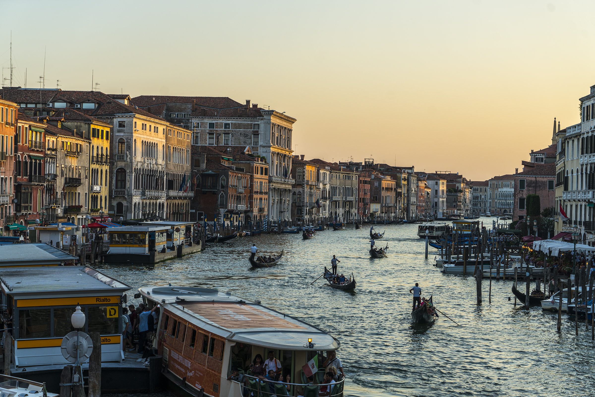(c) 2017 Right Half Media - Venice, Italy Photograph #1