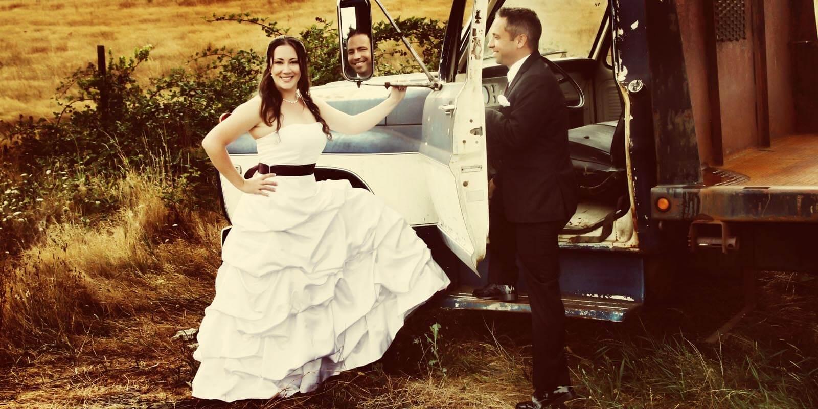 sweet-cheeks-winery-eugene-oregon-wedding-010-011.jpg
