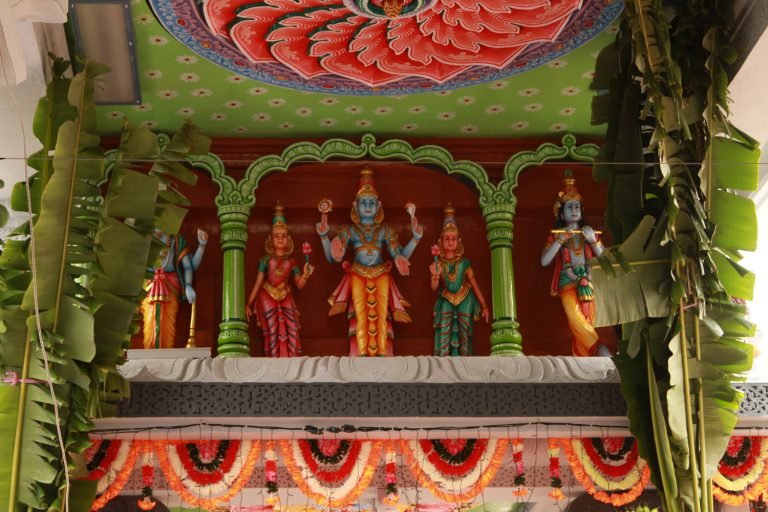 Sri-Srinivasa-Perumal-Temple-Hindu-temples-Singapore-21-768x512.jpg