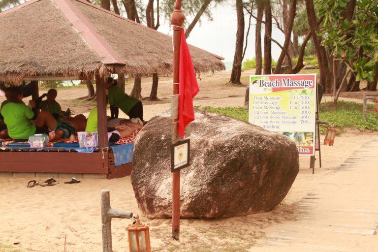 Marriott-Beach-Club-Resort-Phuket-thailand-126-768x512.jpg