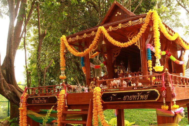 Phuket-thailand-768x512.jpg
