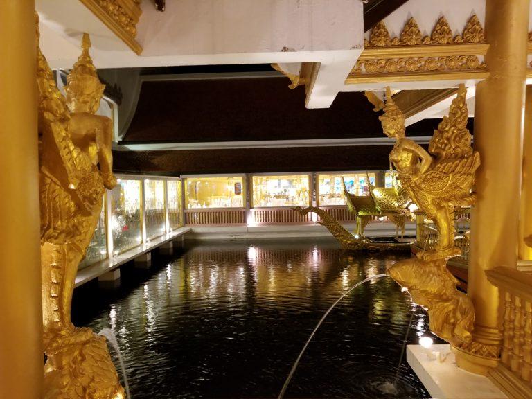 Phuket-FantaSea-theme-park-palace-of-the-elephants-Phuket-Thailand-6-768x576.jpg