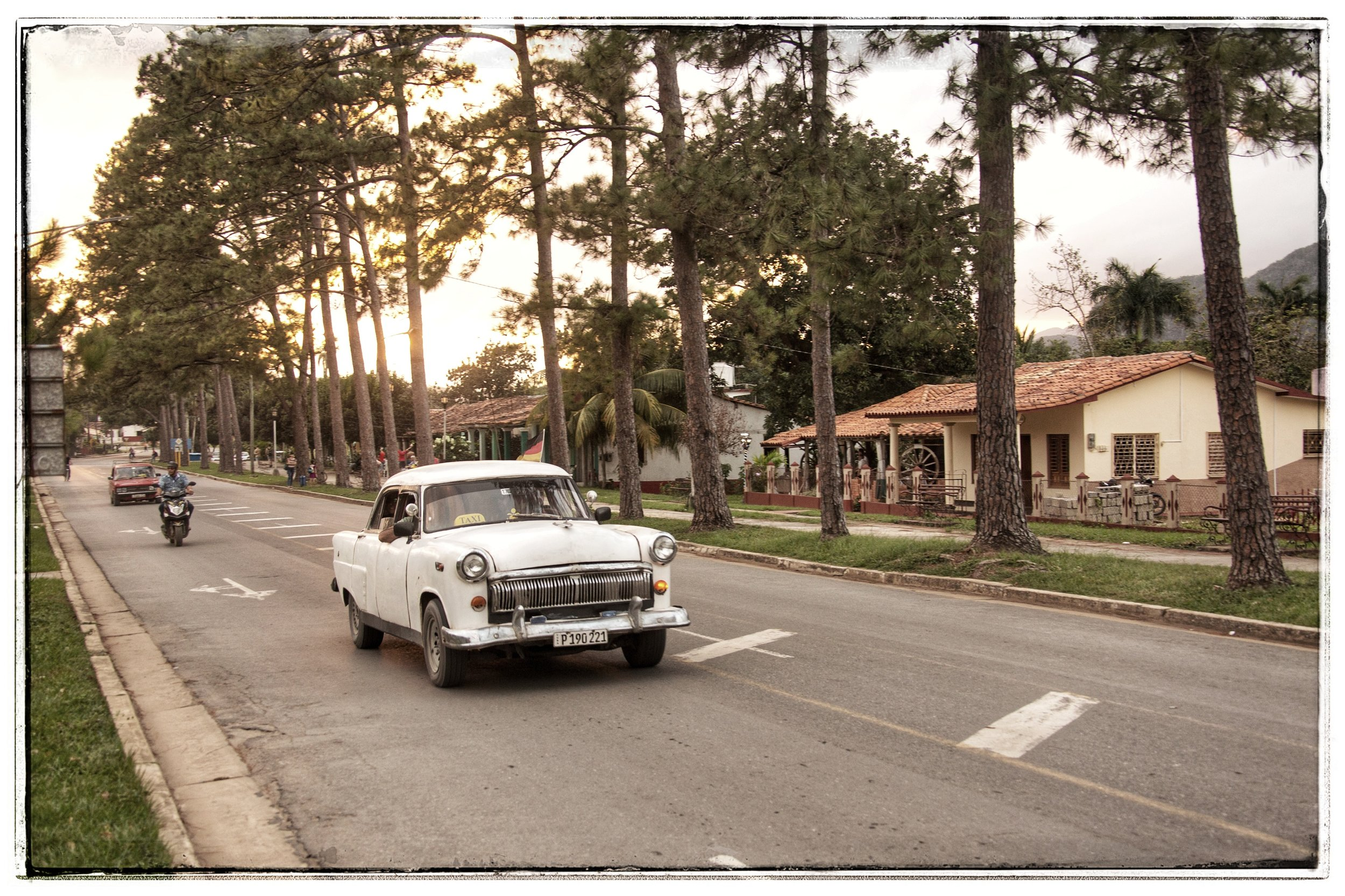 The citizens of VInales are much wealthier than most due to heavy tourism.