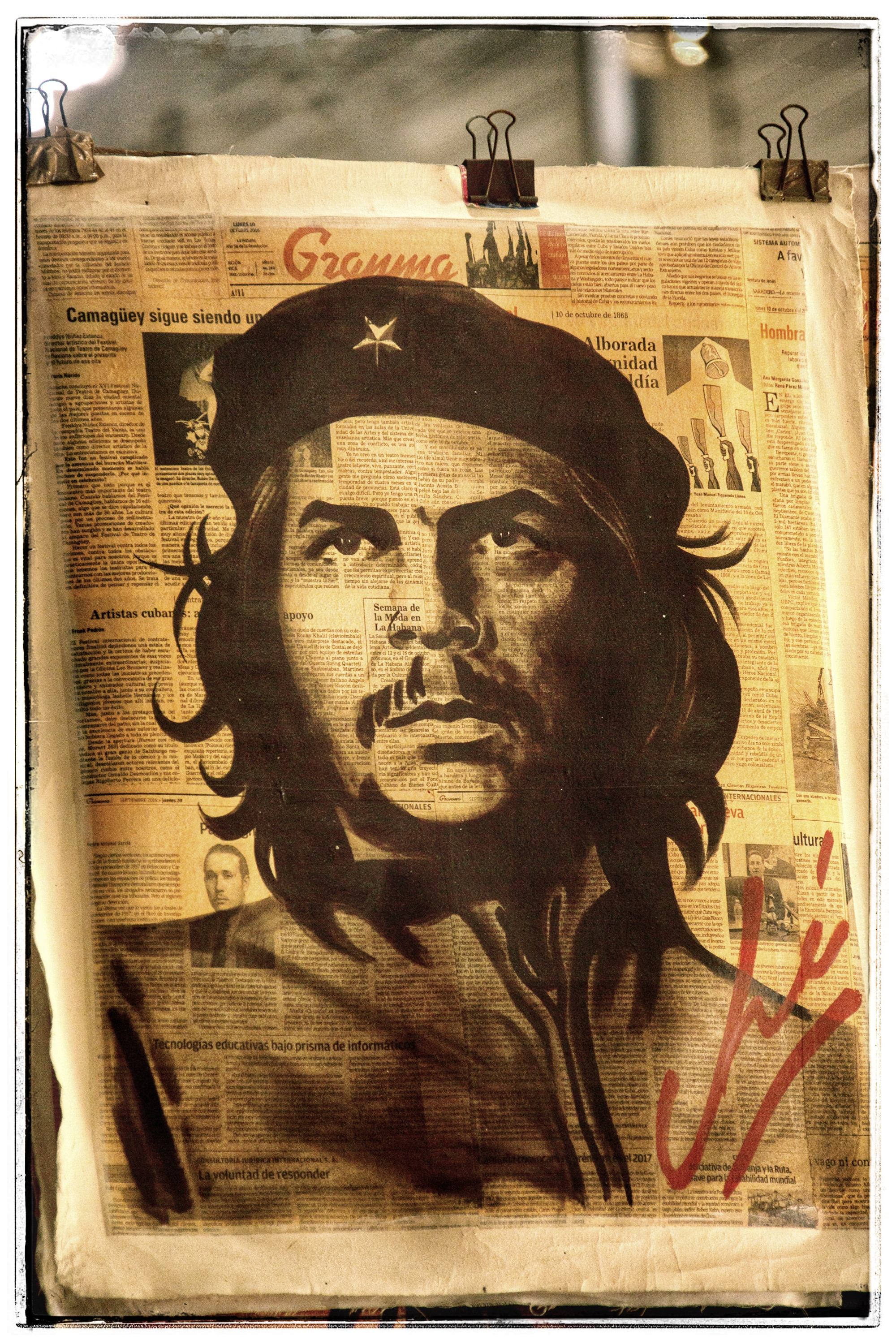 Che (a mass murderer and founder of the Cuban secret police) is revered here. His likeness is everywhere. They have no clue about the truth of this charismatic leader.